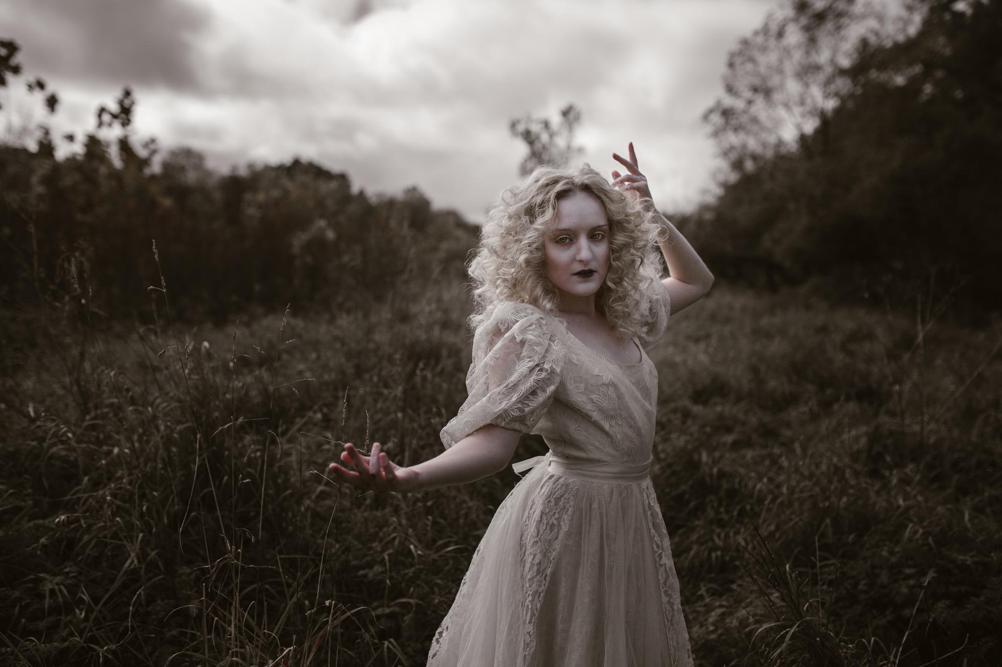 pale-witch-056fb.jpg