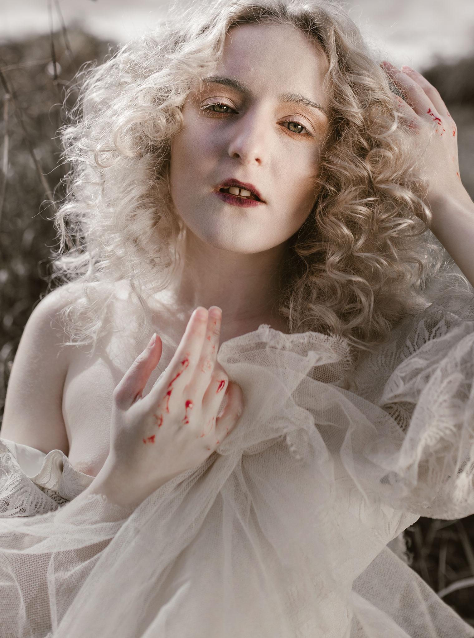 pale-witch-095fb.jpg
