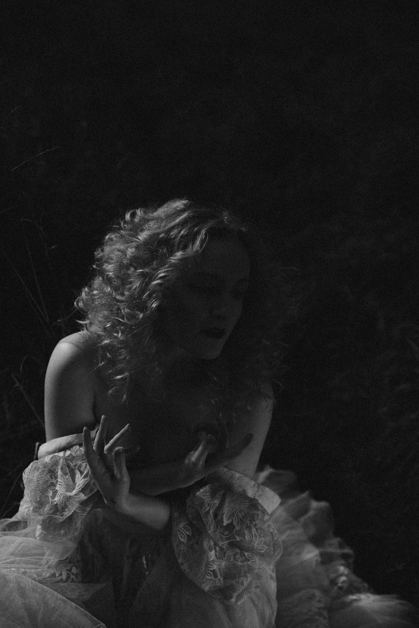 pale-witch-097fb.jpg