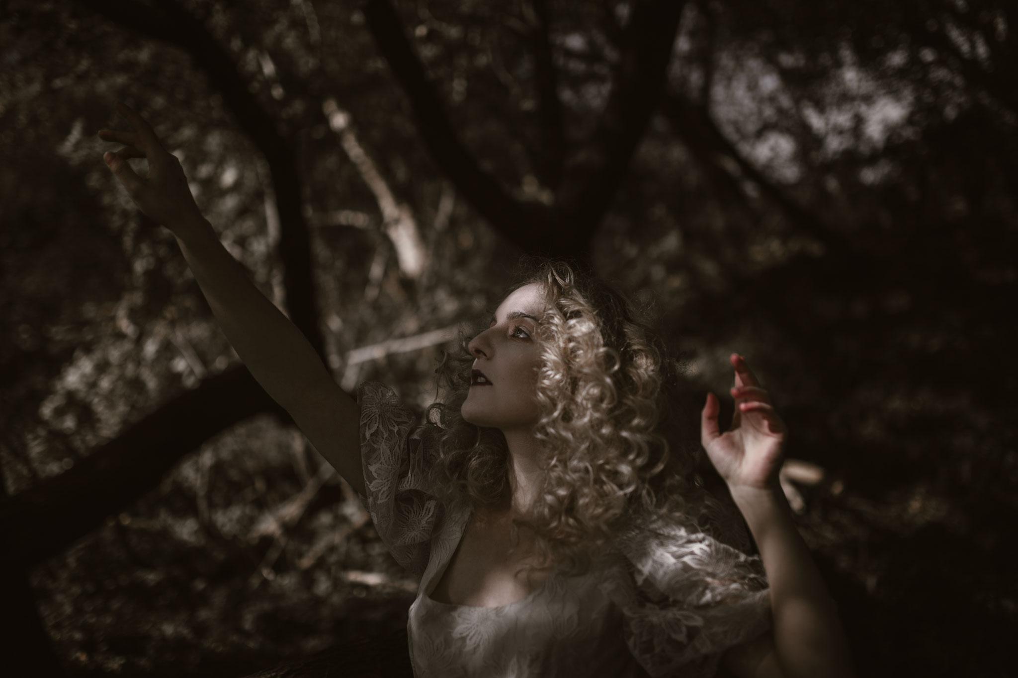 pale-witch-147fb.jpg