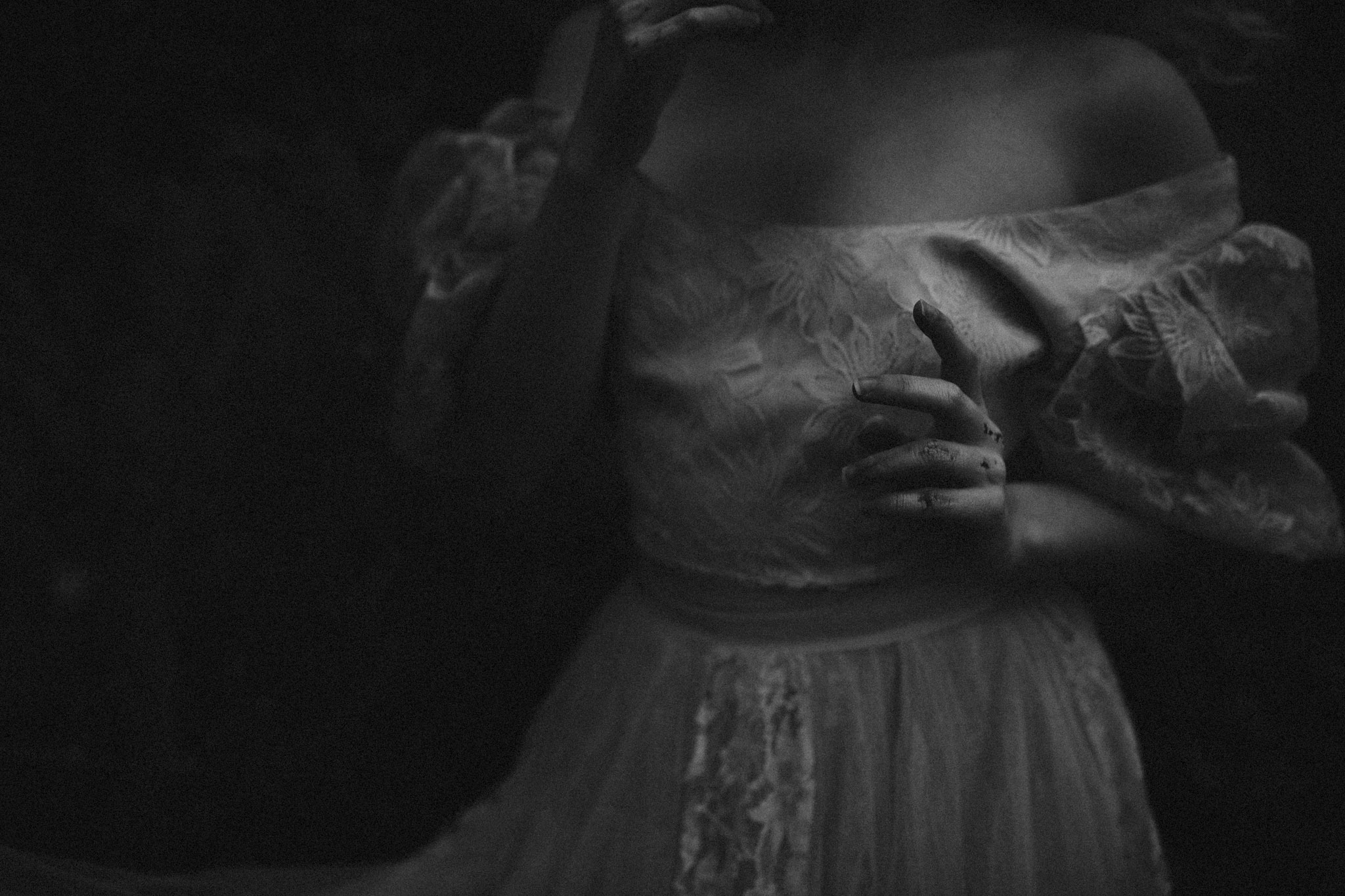 pale-witch-180fb.jpg