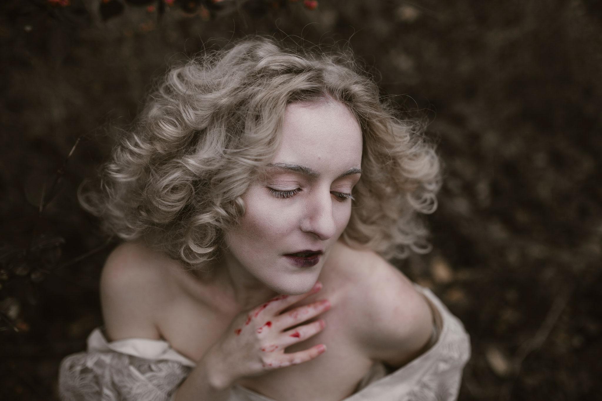 pale-witch-184fb.jpg