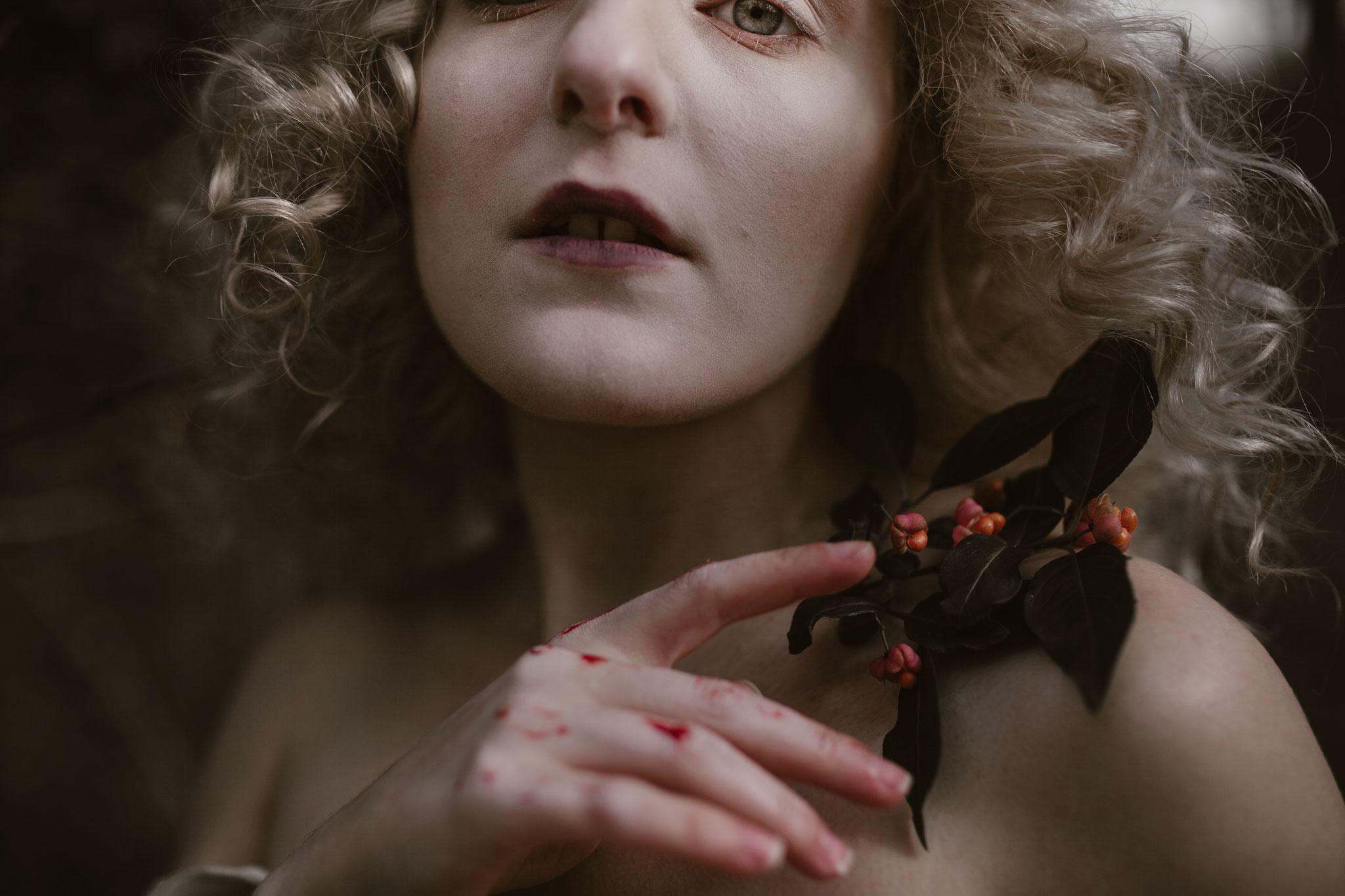 pale-witch-192fb.jpg