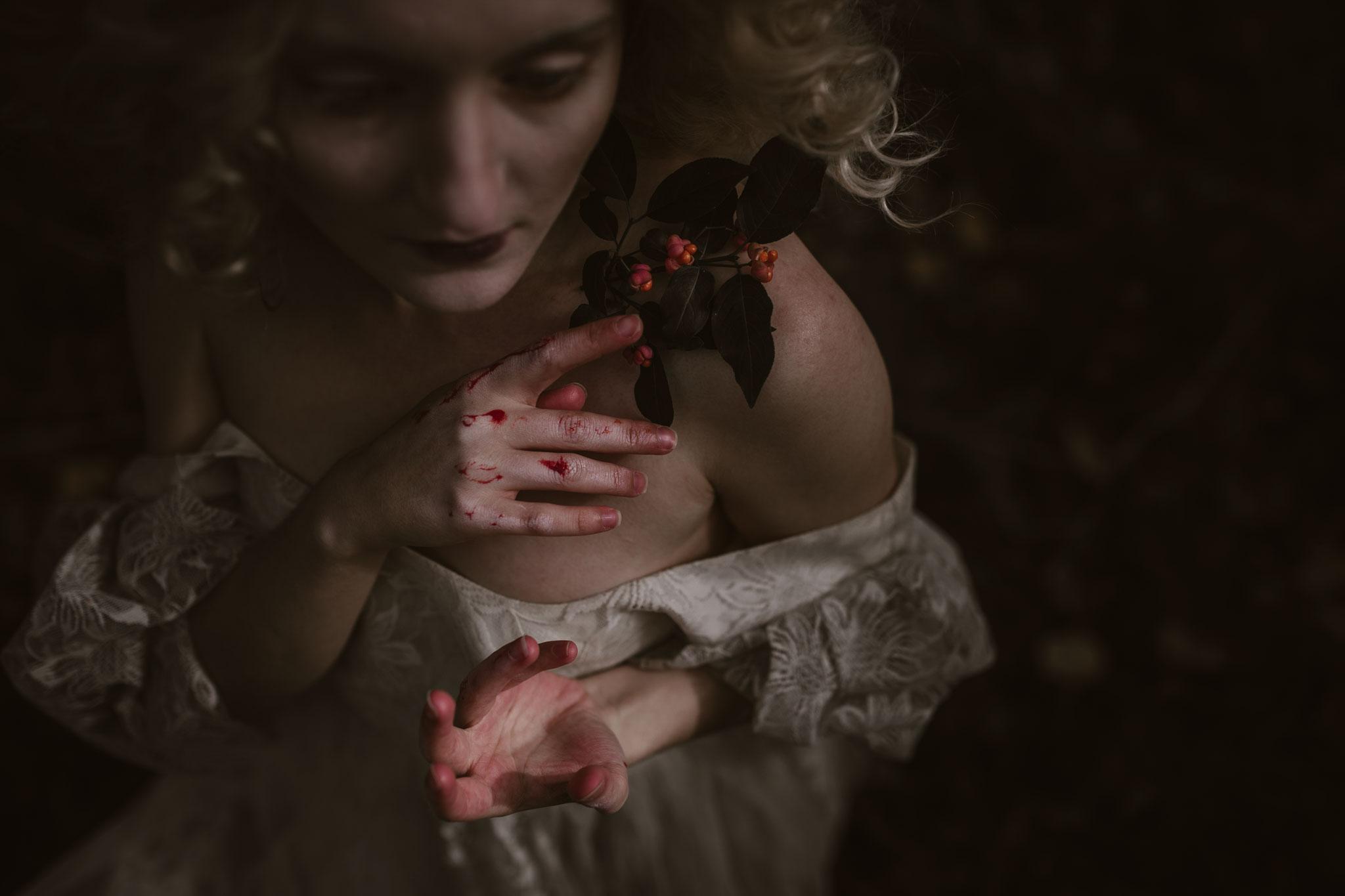pale-witch-190fb.jpg