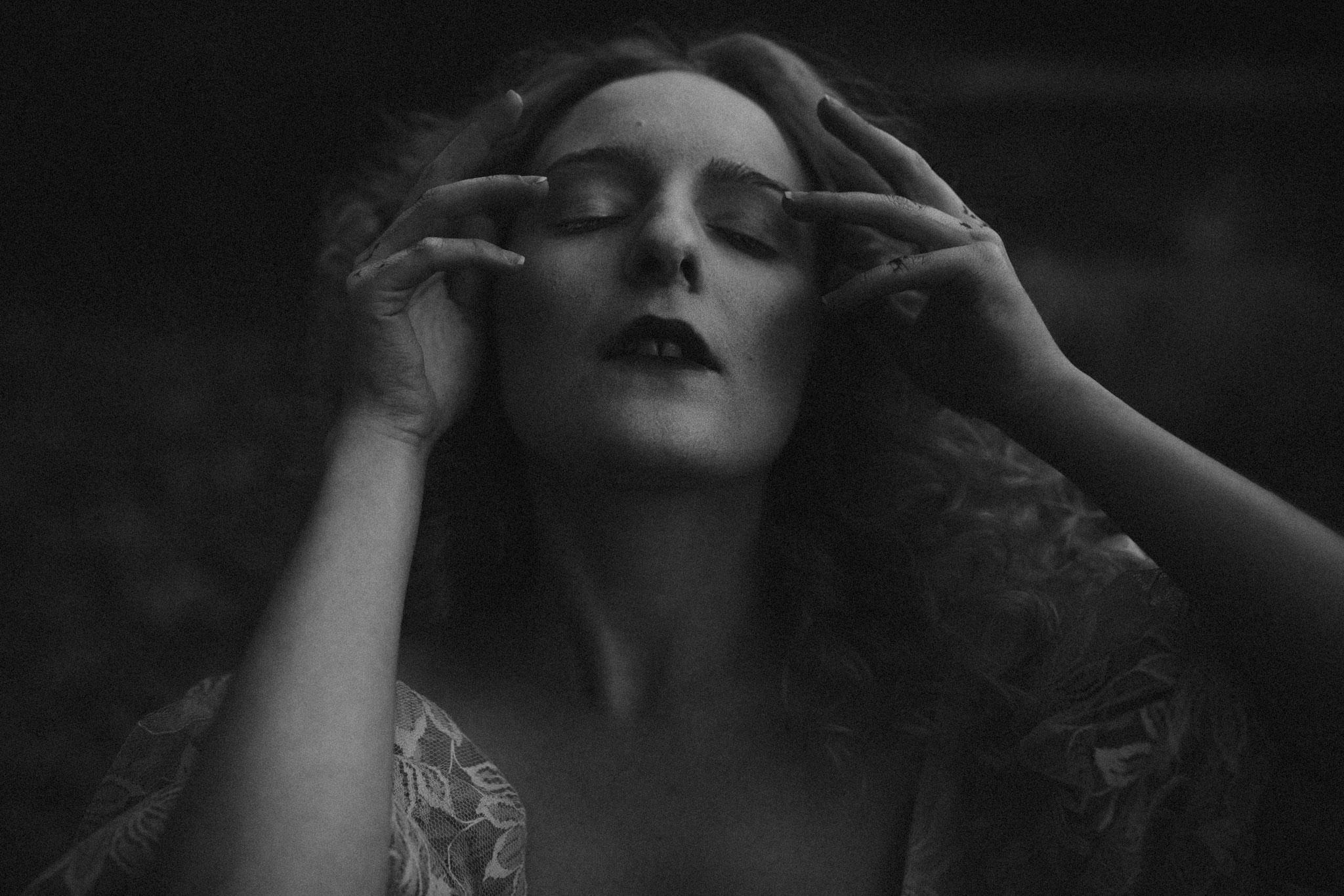 pale-witch-241fb.jpg