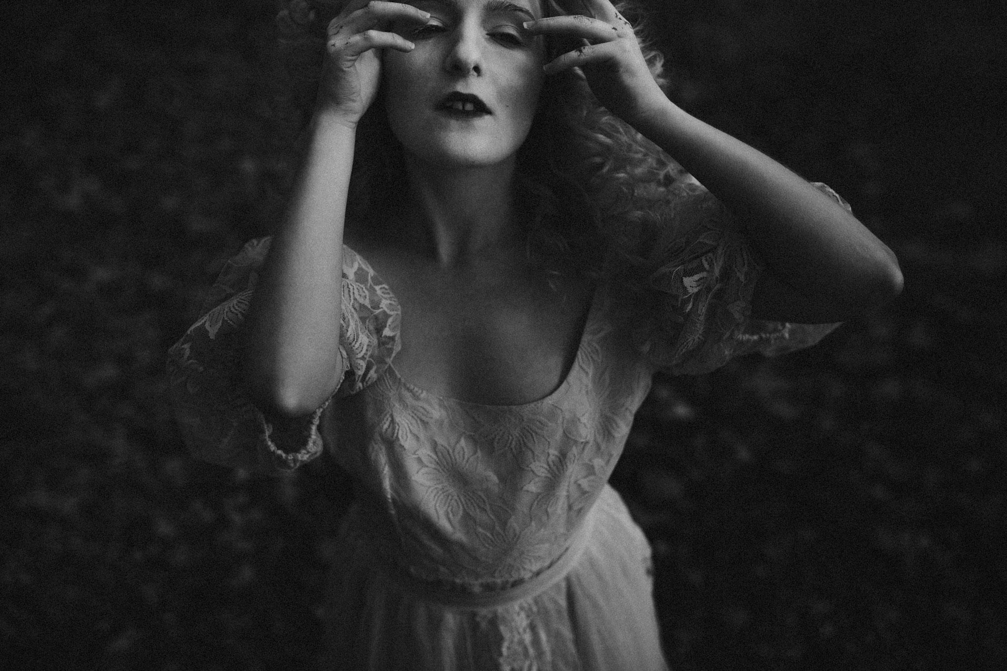 pale-witch-238fb.jpg