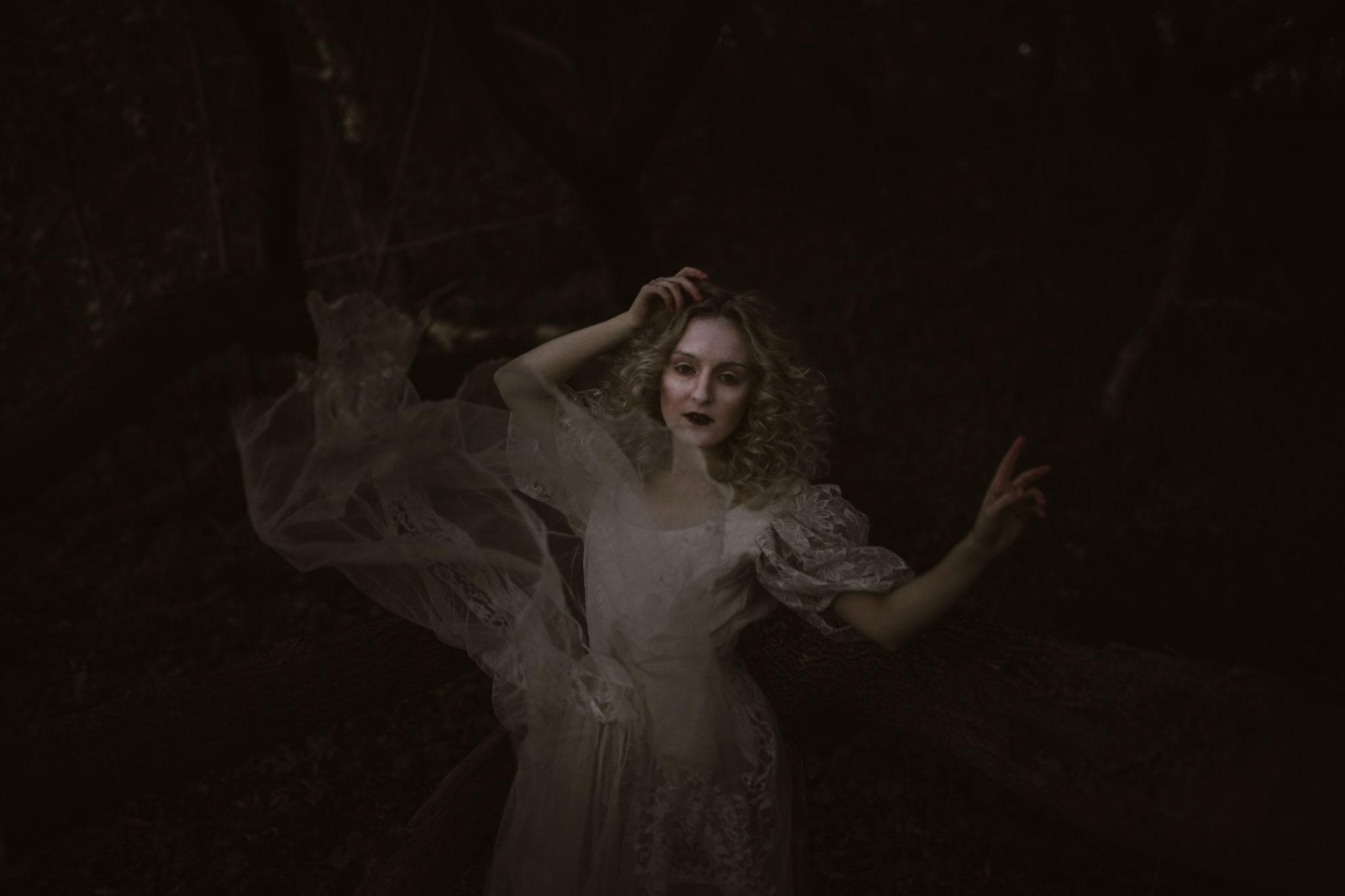 Pale Witch- WEB (34).jpg