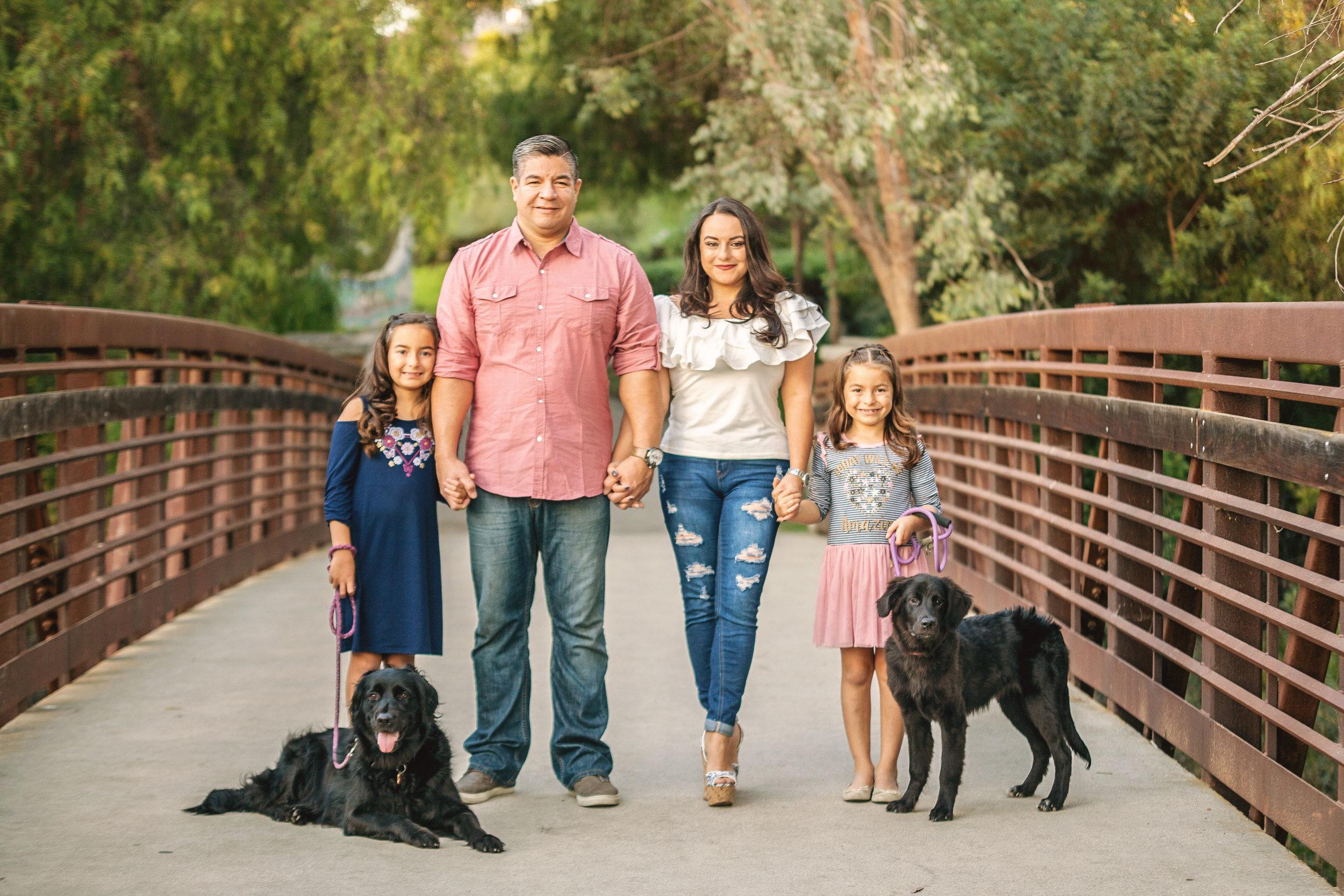 Alvarez Family (8) copy.jpg