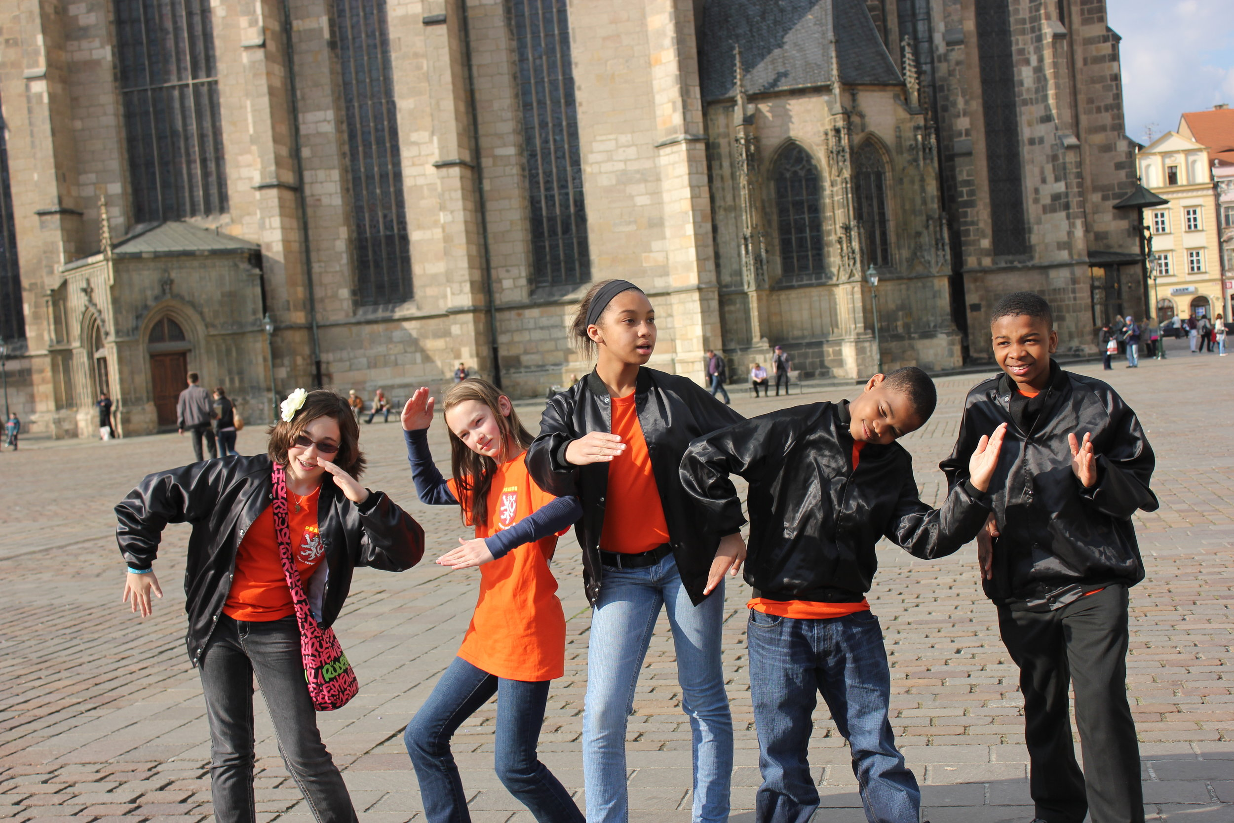 Kofi & friends posing in Germany. (Left to right: Kate Klika, Claire Moritz, Reyna Moran, Kardierre Allen, Kofi Boakye)