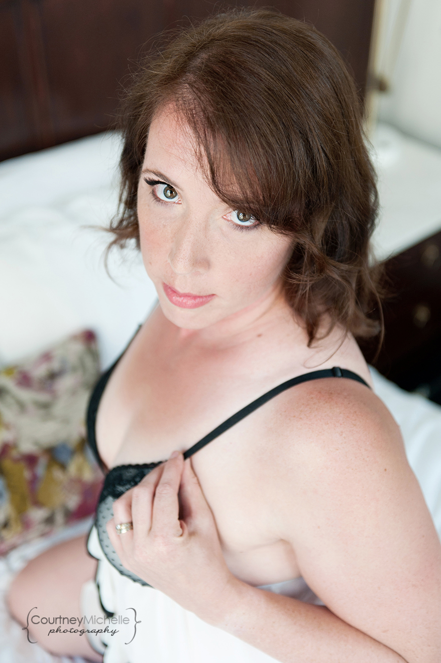woman-in-lingerie-dress-on-bed-chicago-boudoir-photography-by-courtney-laper.jpg