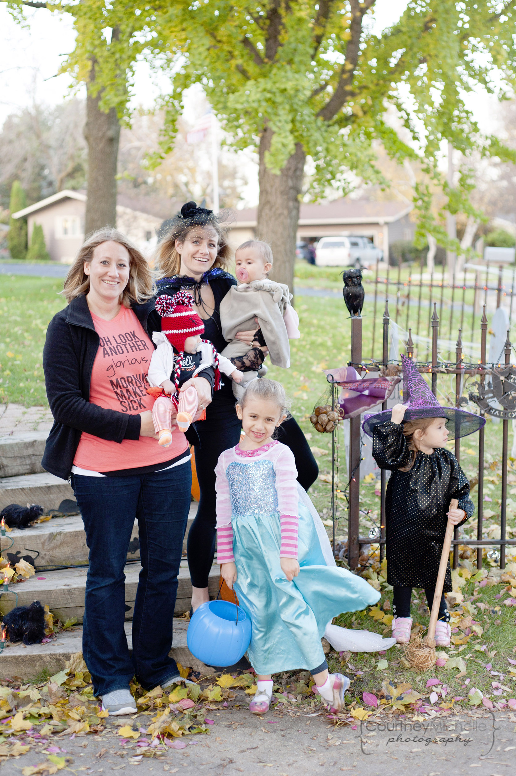 mom-and-daughters-in-halloween-costumes-lifestyle-photography-by-courtney-laper.jpg