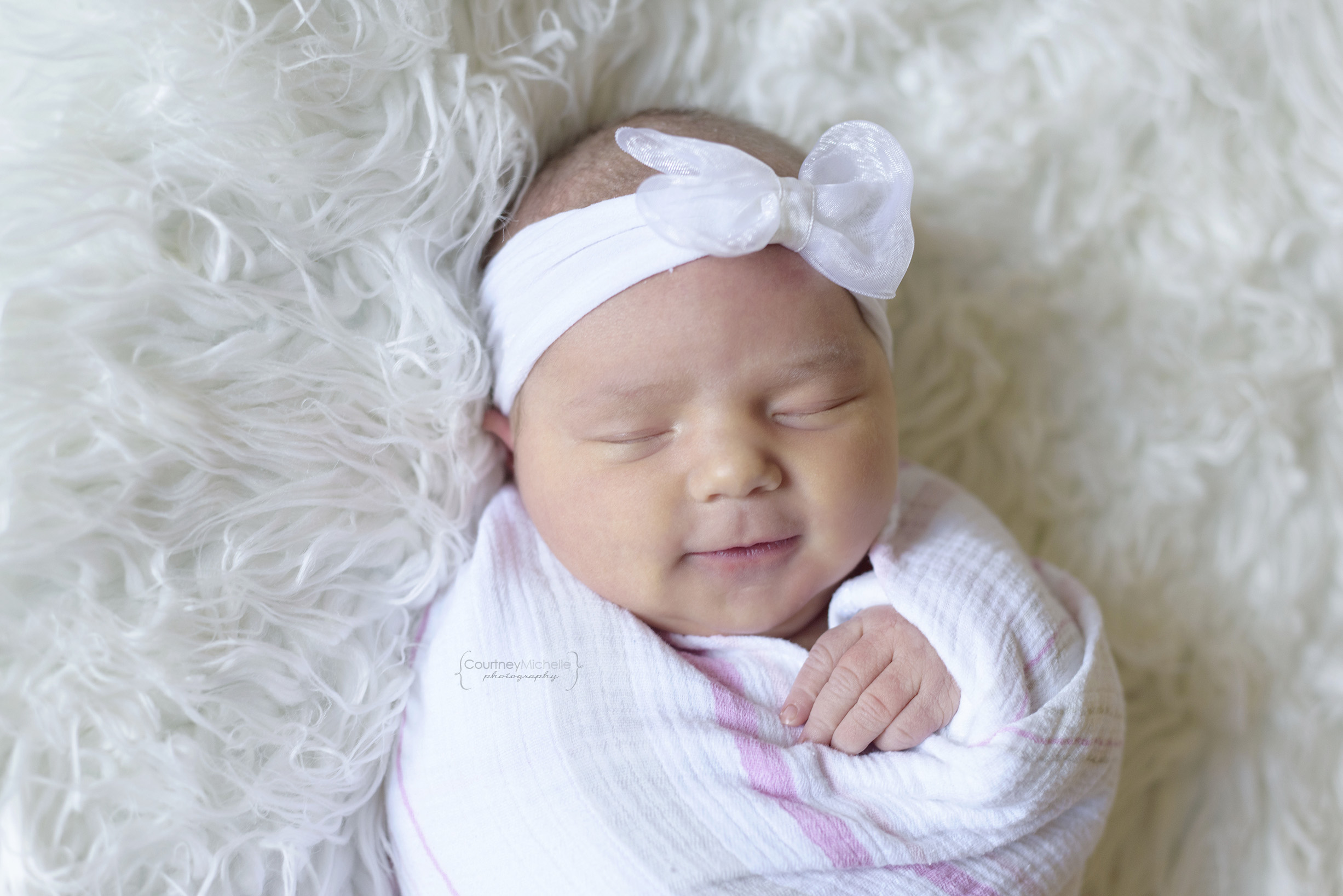 chicago_newborn_photographer_hospital_session_newborn_girl_courtney_laper_courtney_laper©COPYRIGHTCMP-4864edit.jpg