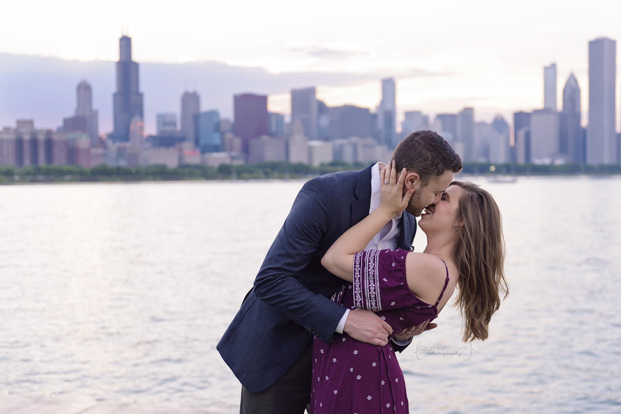 chicago-engagement-skyline-at-sunset-adler-planetarium-engagement-photography-by-courtney-laper.jpg