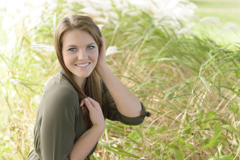 high-school-senior-grass-chicago-photographer-courtney-laper©COPYRIGHTCMP-9386edit.jpg