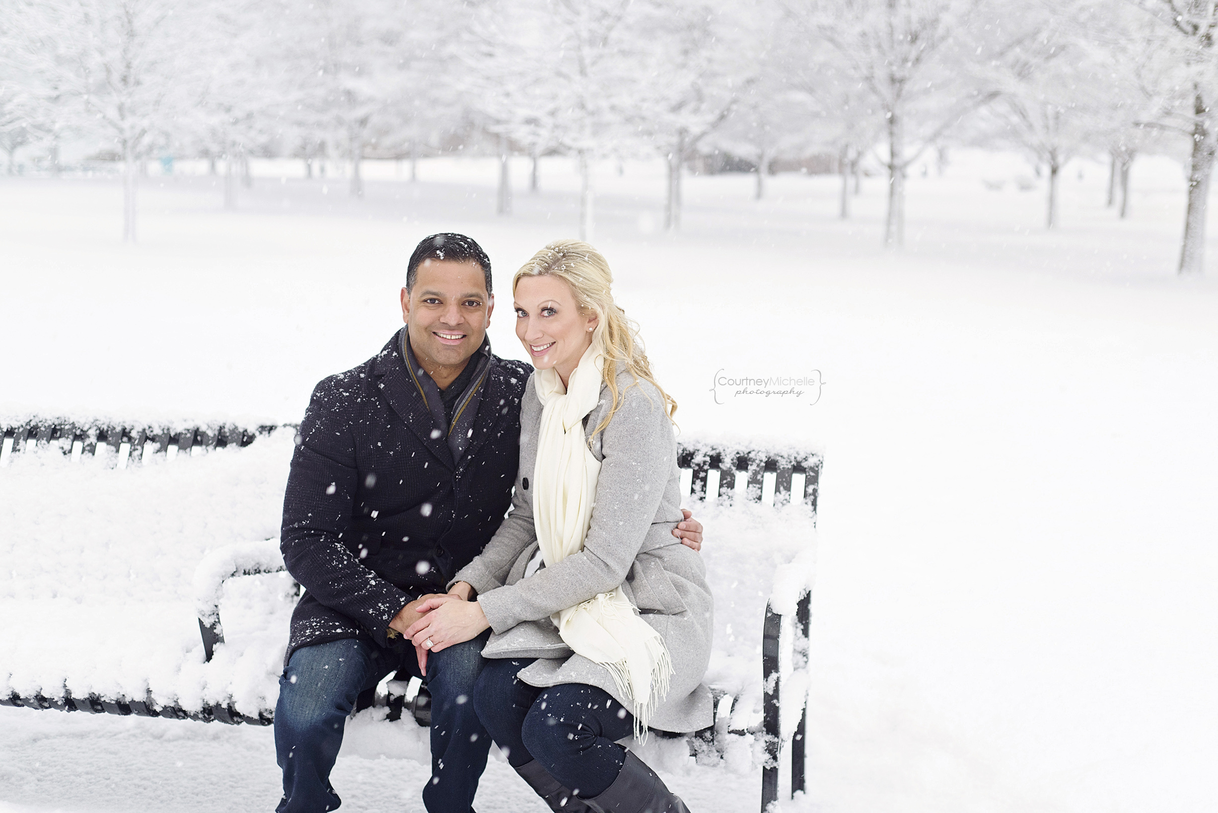snowy-chicago-engagement-photography-museum-campus-cute-couple-in-snow-courtney-laper©COPYRIGHTCMP-3466.jpg