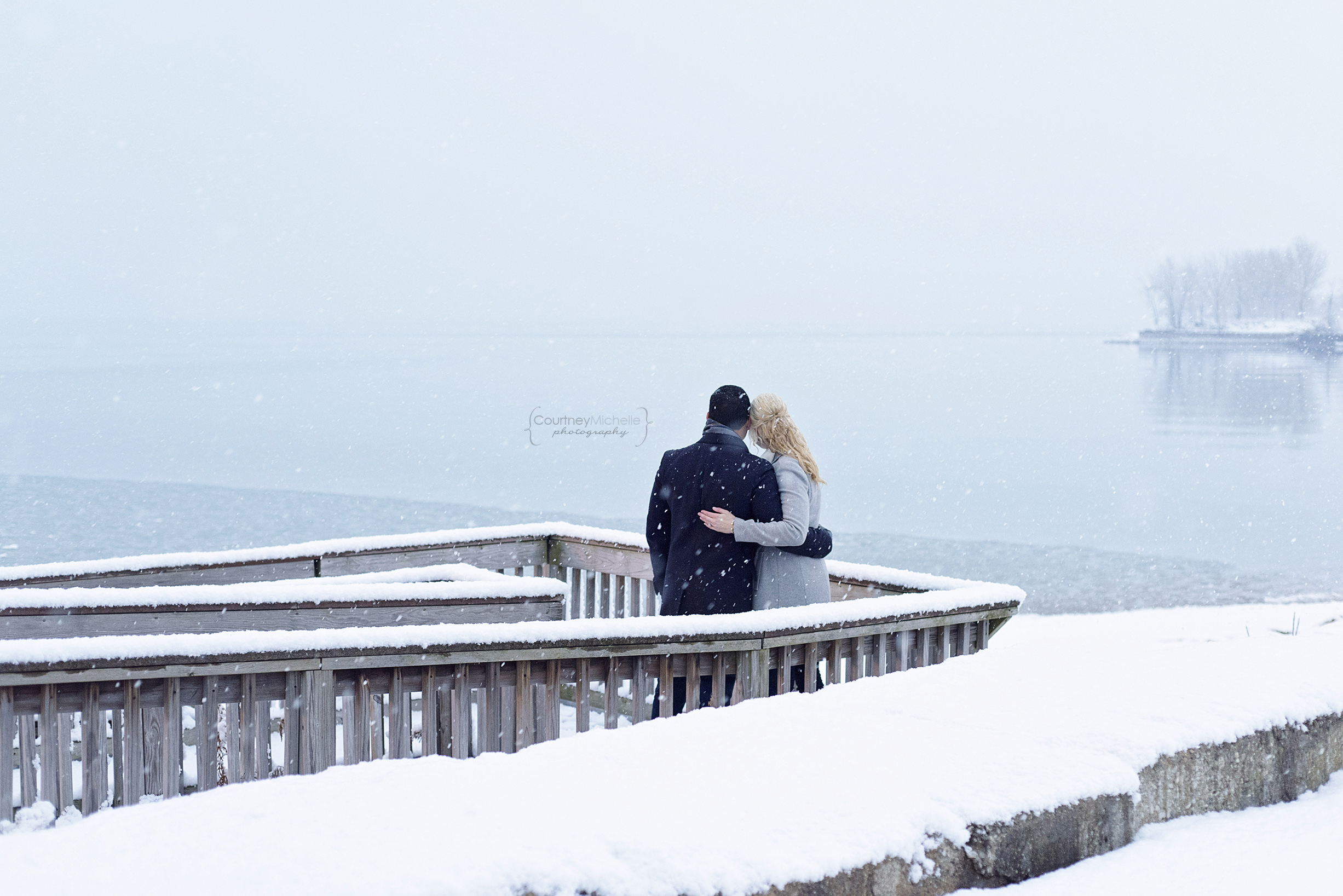 snowy-chicago-engagement-photography-museum-campus-lake-michigan-courtney-laper©COPYRIGHTCMP-3558.jpg