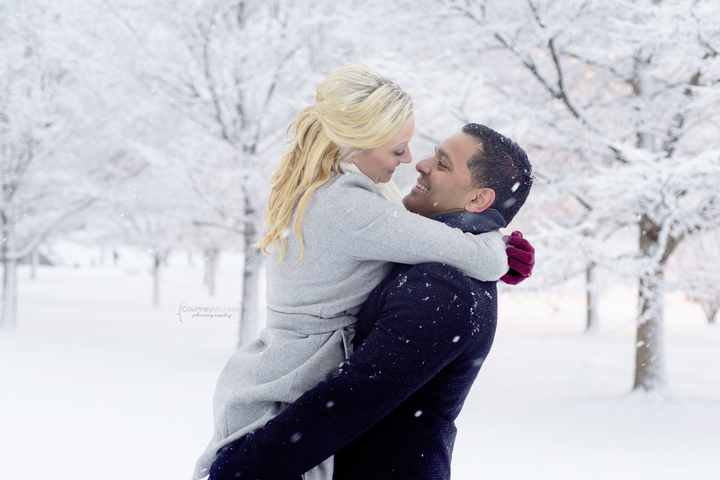 snowy-chicago-engagement-photography-museum-campus-dancing-in-snow-courtney-laper©COPYRIGHTCMP-3523.jpg