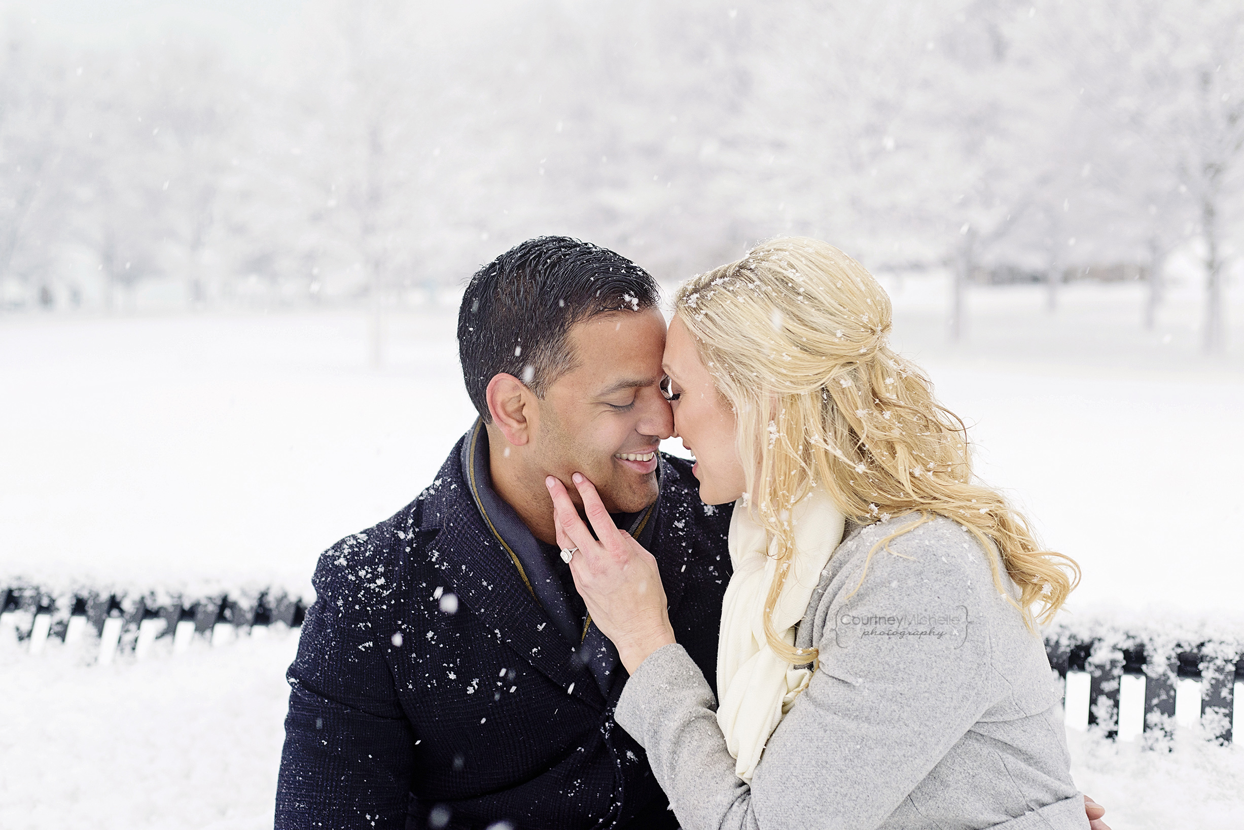 snowy-chicago-engagement-photography-museum-campus-snuggling-in-snow-courtney-laper©COPYRIGHTCMP-3477.jpg