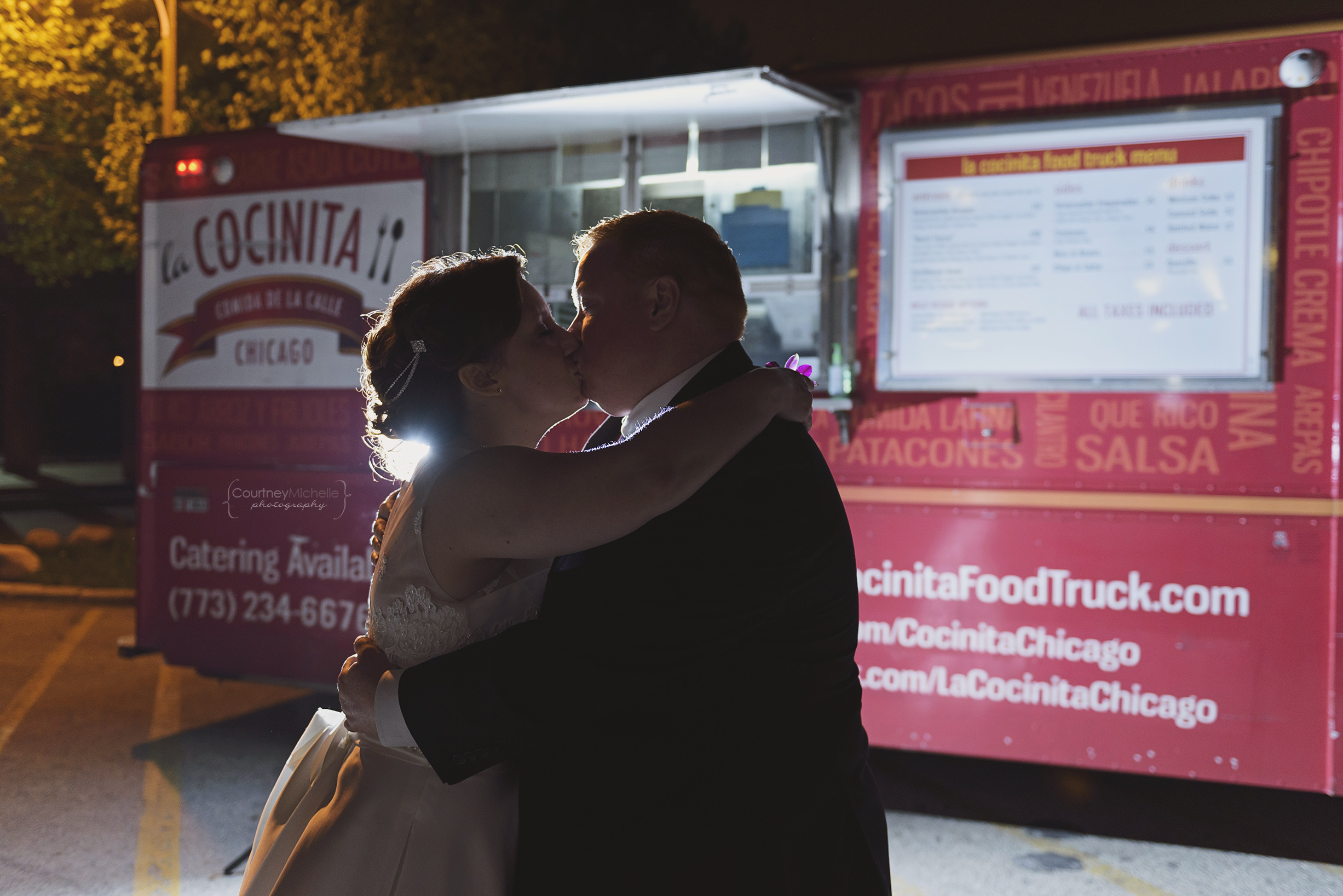 chicago-wedding-photographer-south-shore-cultural-center-bride-and-groom-taco-truck©COPYRIGHTCMP-9523.jpg