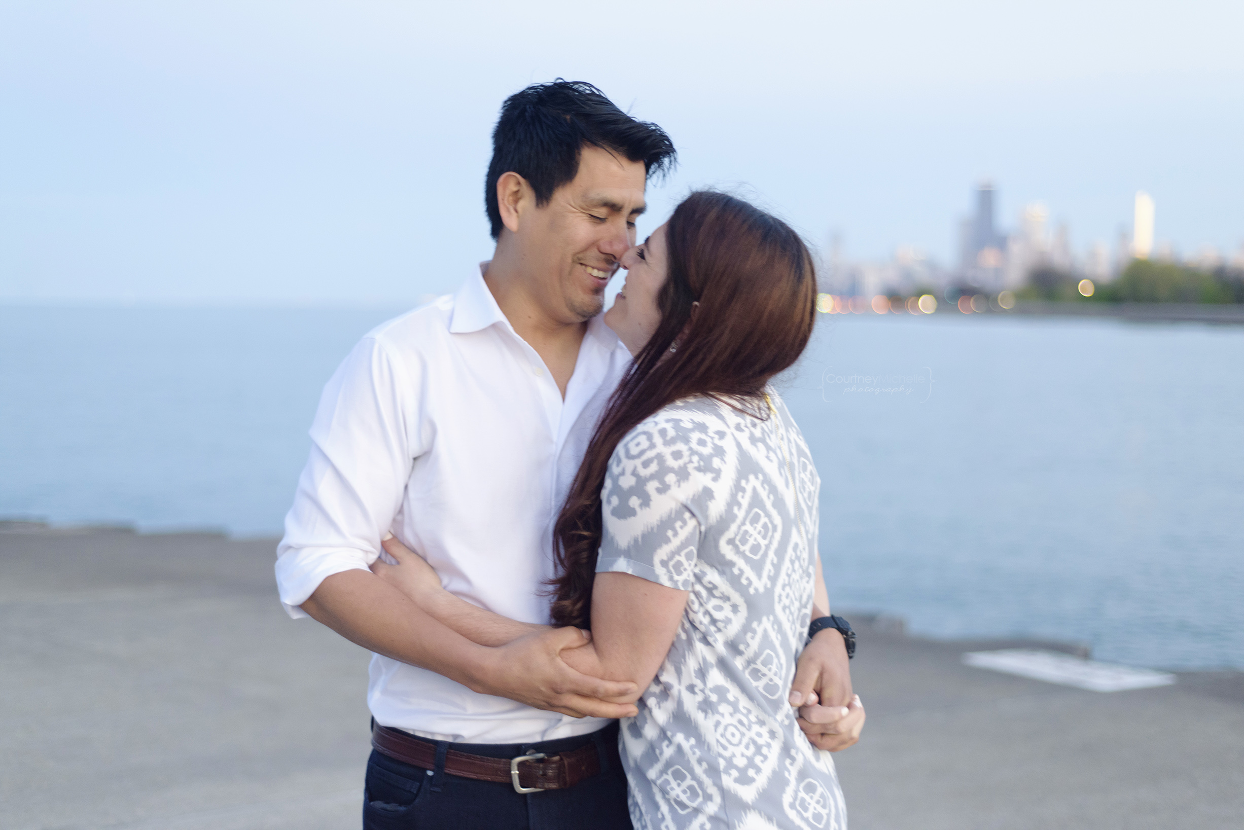 belmont-harbor-chicago-skyline-chicago-engagement-photography-by-courtney-laper©COPYRIGHTCMP-edit-1468.jpg