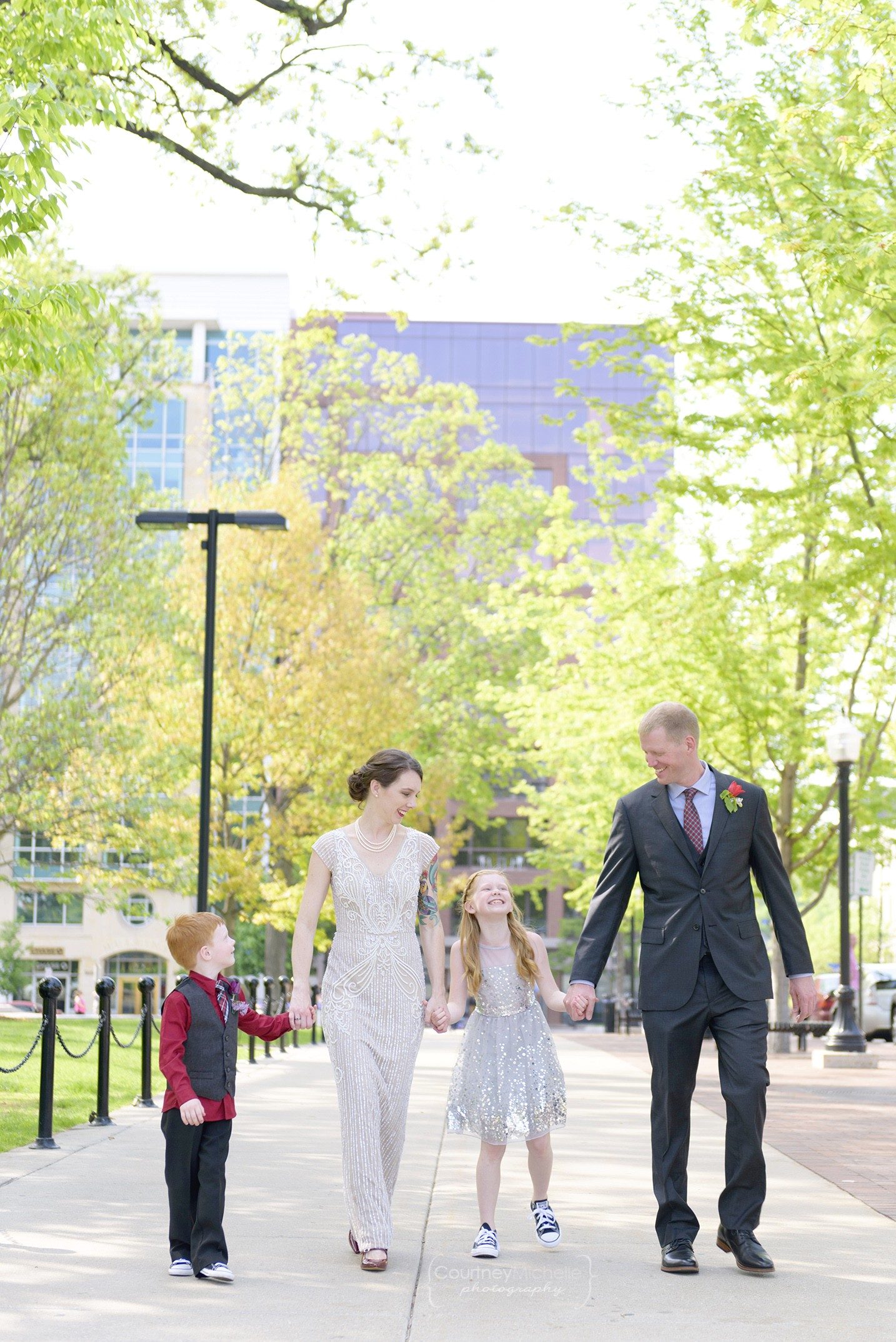 madison-vow-renewal-capitol-family-walking-photography-by-courtney-laper©COPYRIGHTCMP-0267.jpg