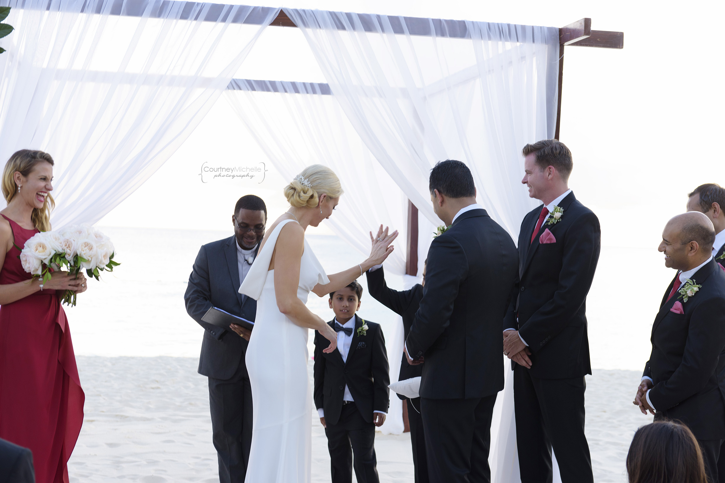 grand-cayman-beach-wedding-photography-by-courtney-laper©CopyrightCMP-LeaAnneRaj-7754.jpg