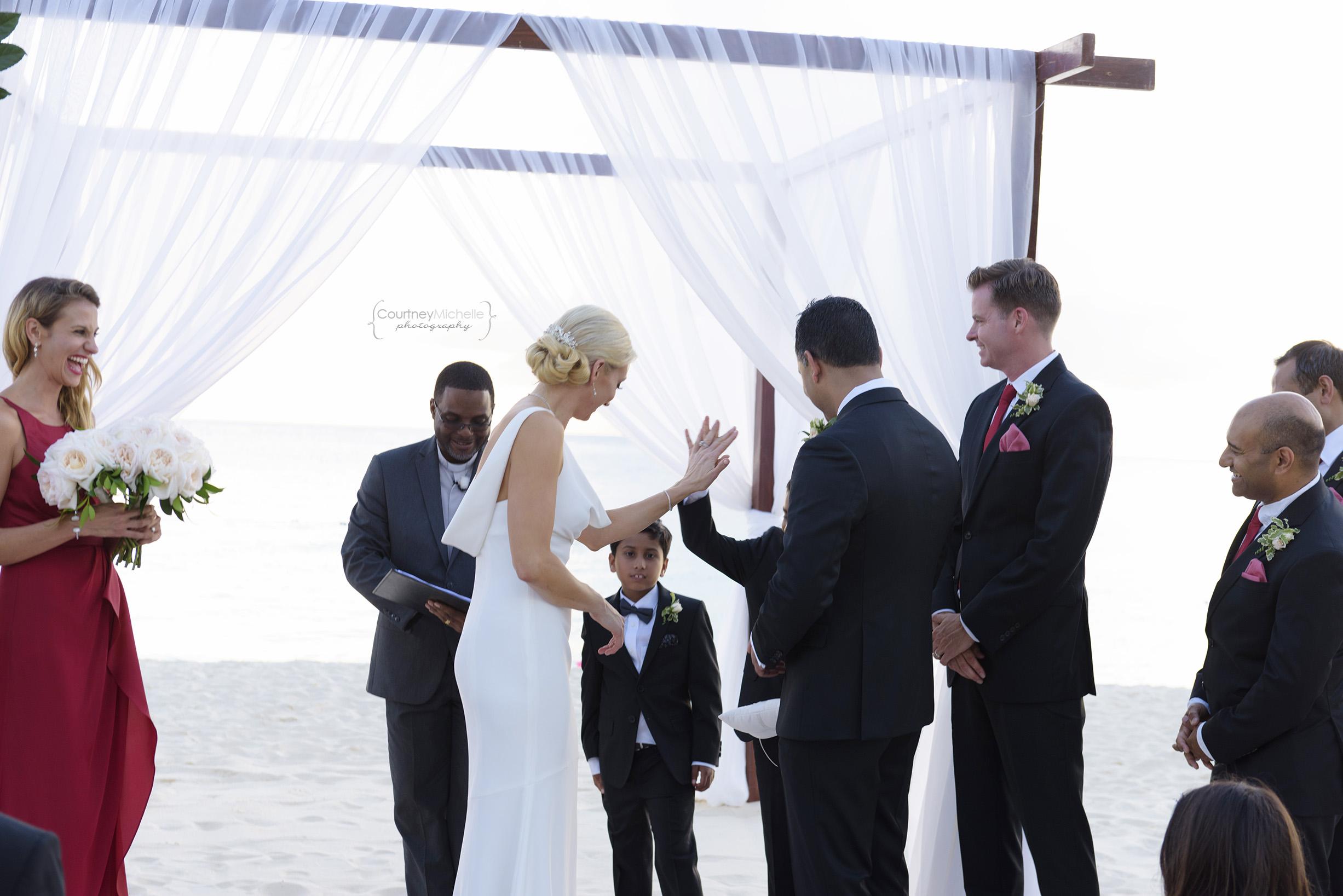 grand-cayman-beach-wedding-photography-by-courtney-laper©CopyrightCMP-LeaAnneRaj-7754.jpg