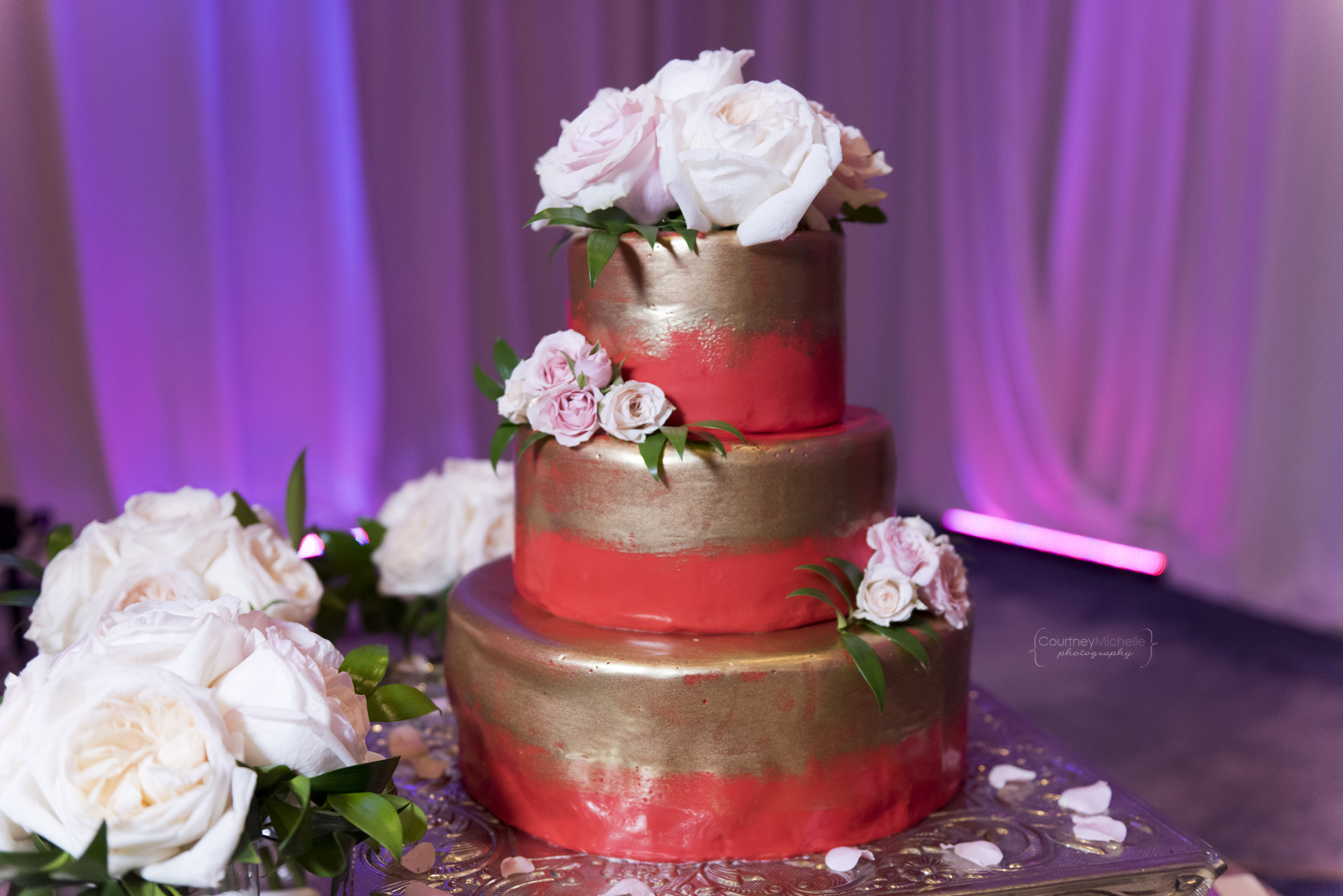 wedding-cake-grand-cayman-beach-wedding-photography-by-courtney-laper©CopyrightCMP-LeaAnneRaj-8074.jpg
