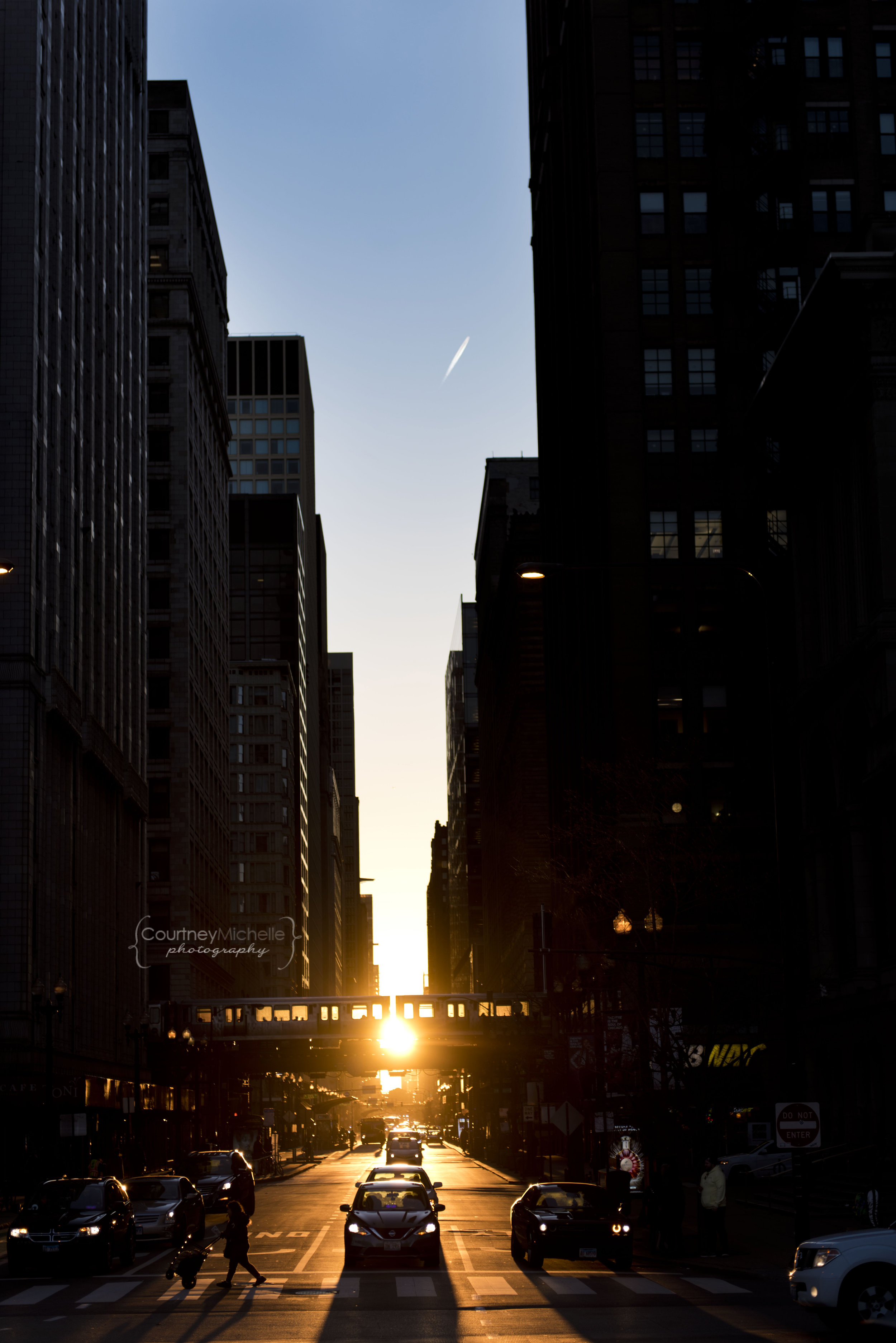 chicagohenge2019-millenium-park-courtney-laper-chicago-photographer©CopyrightCMP_2019chicagohenge-3017.jpg