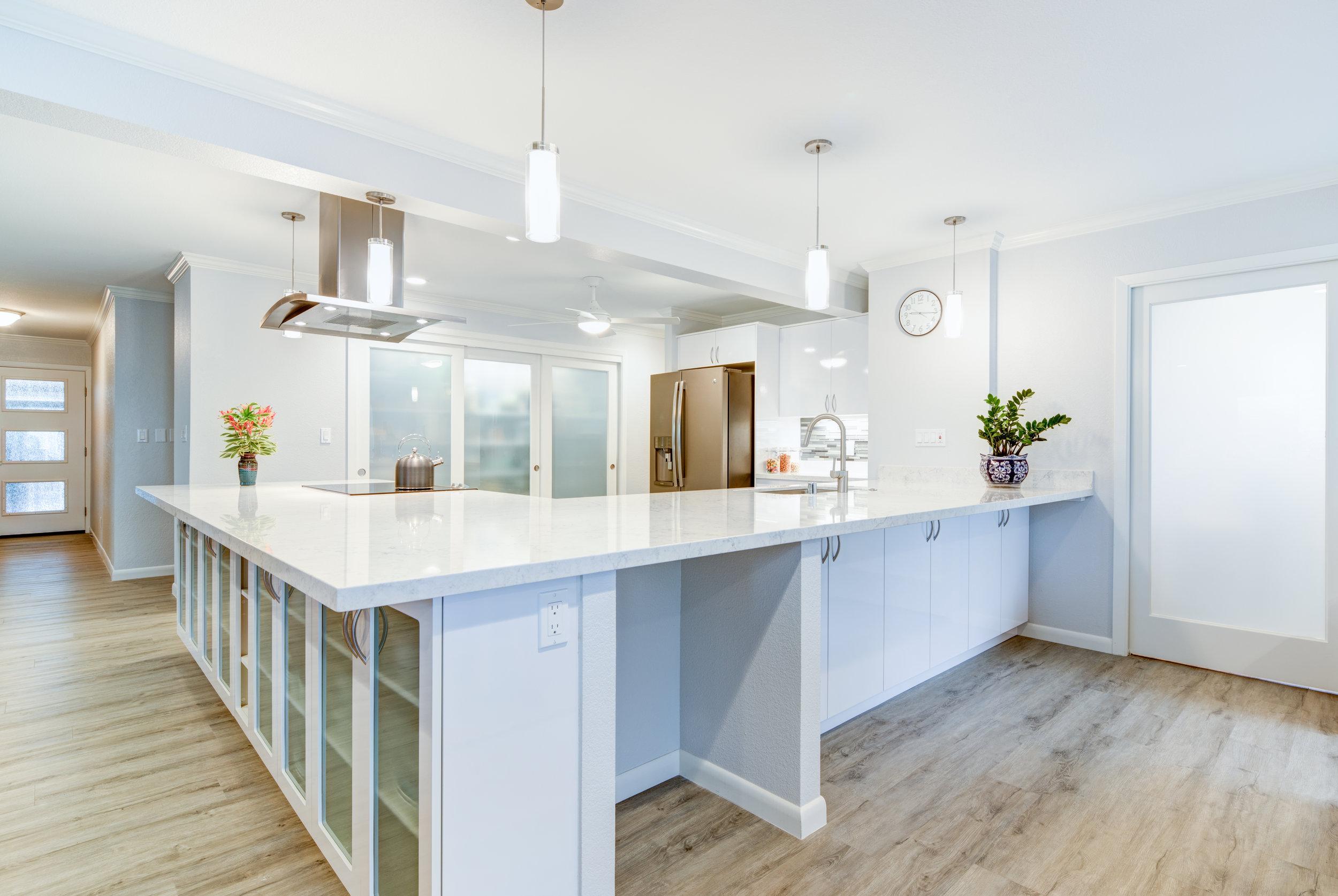 kitchenwhite-1.jpg