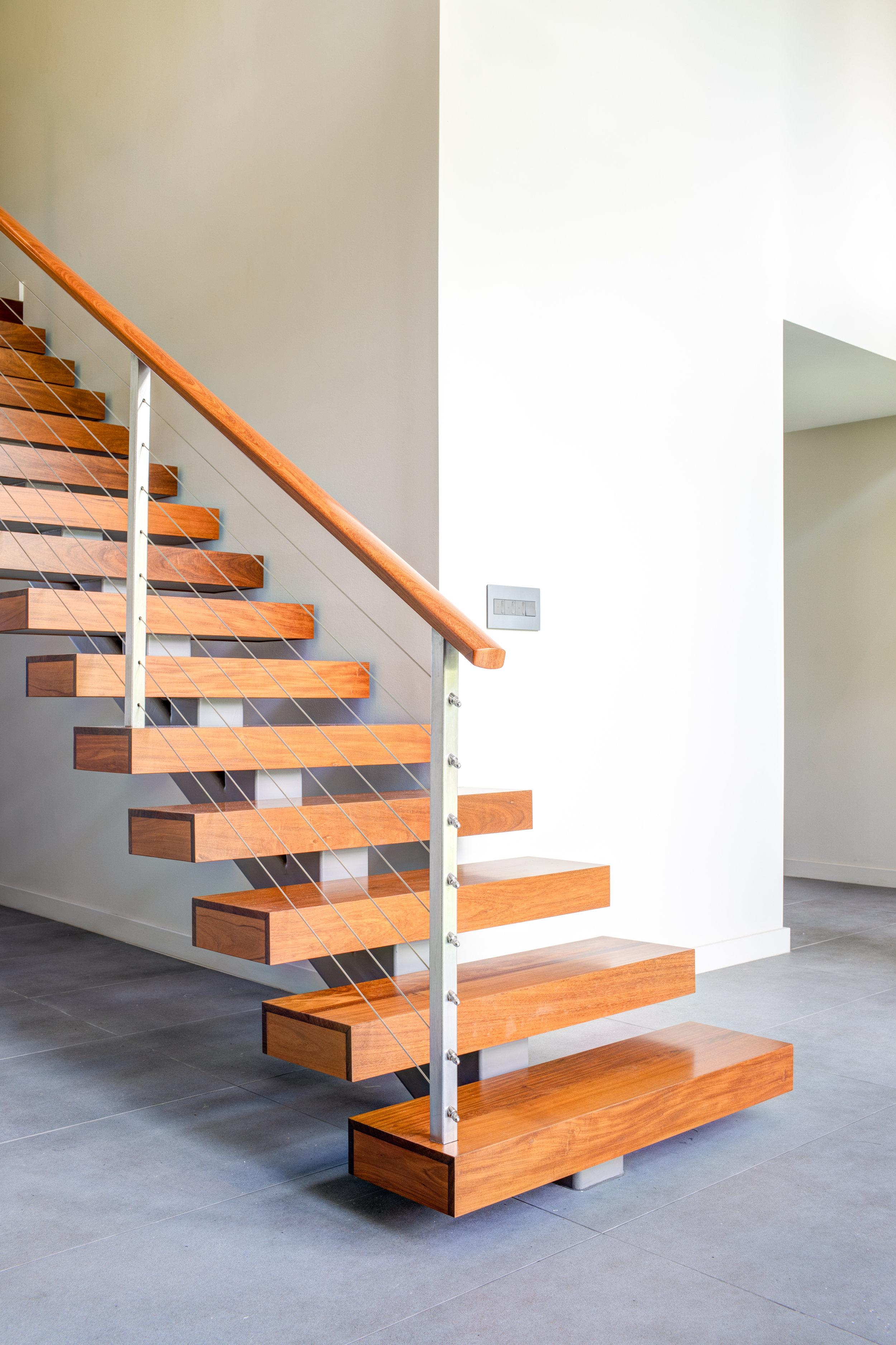 stairwayhouse-5.jpg