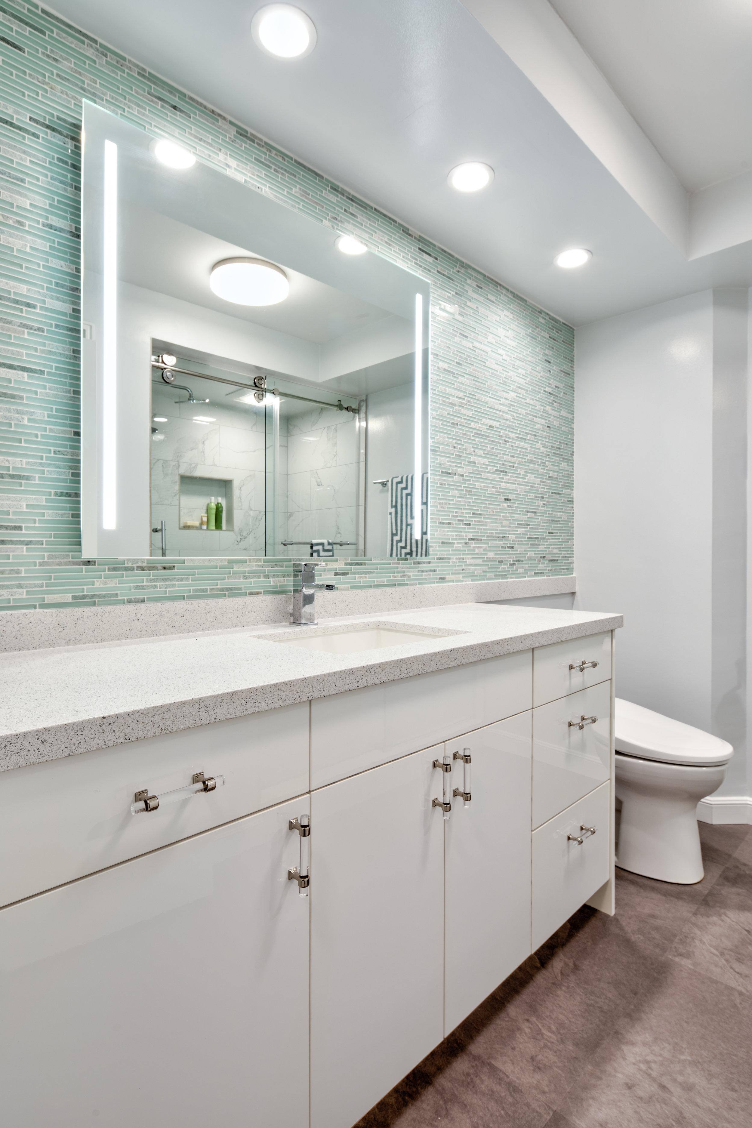 whitebathroom.jpg