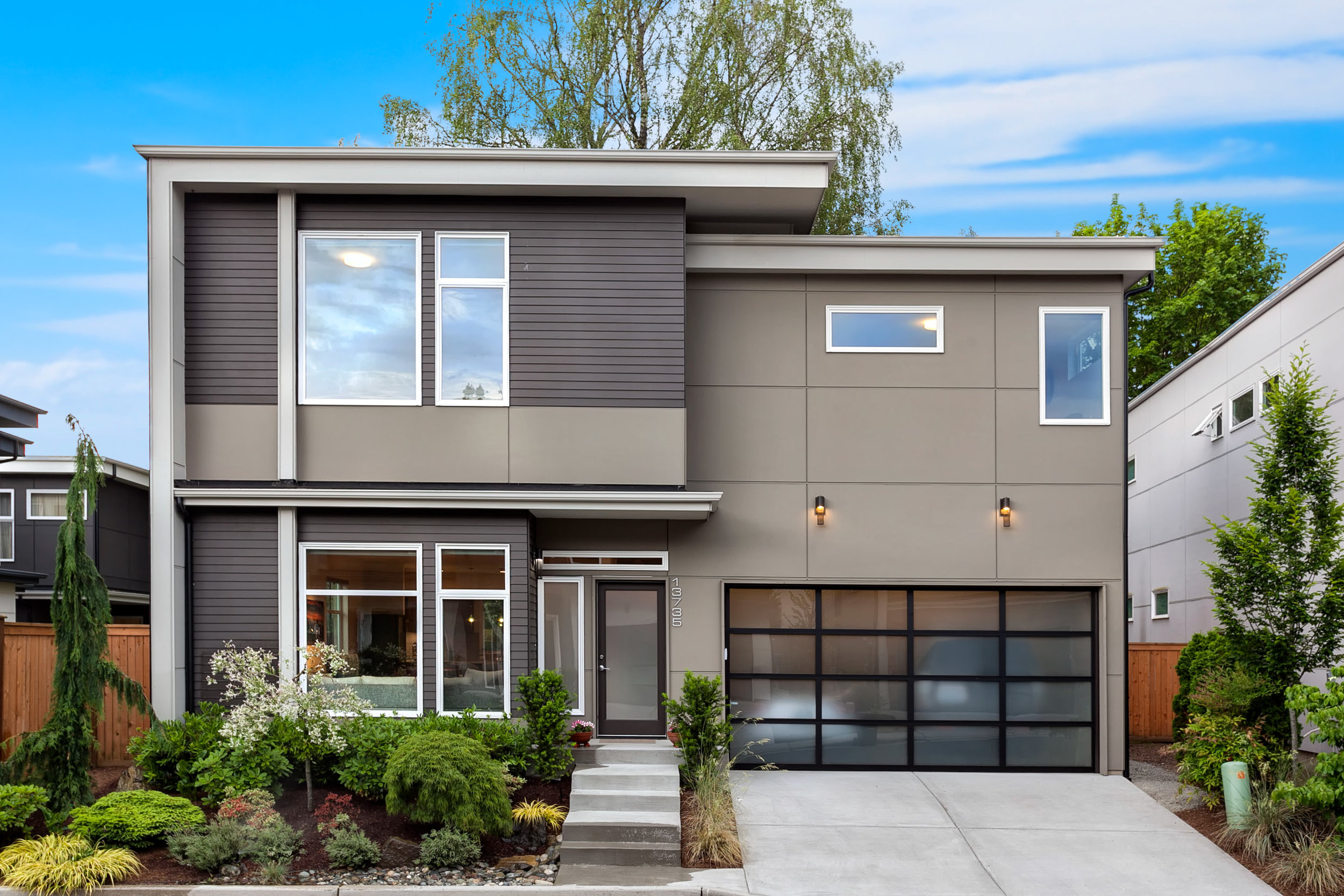 Everything's Coming up Modern - $925,000
