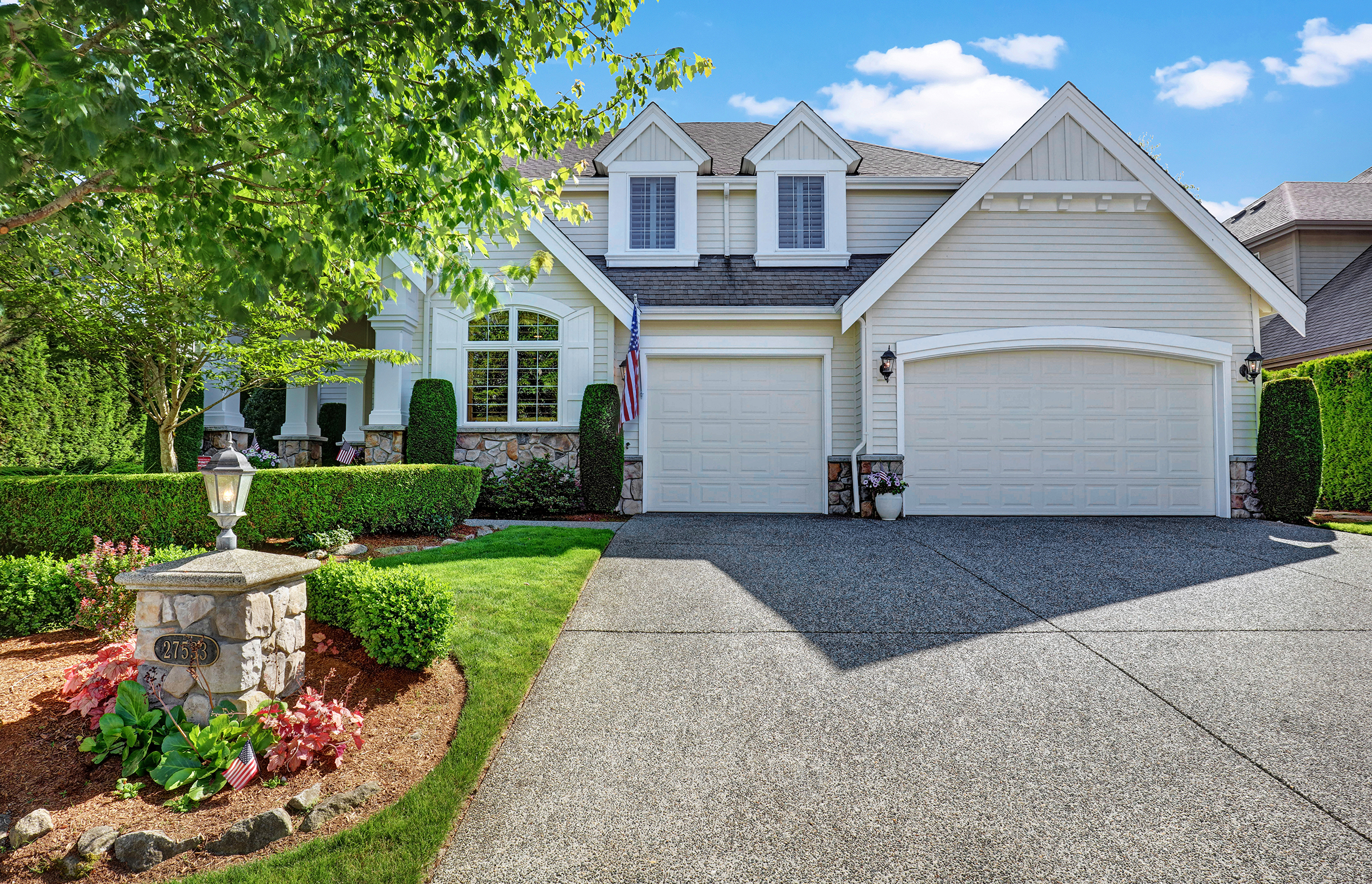 Smashing in Sammamish - $950,000