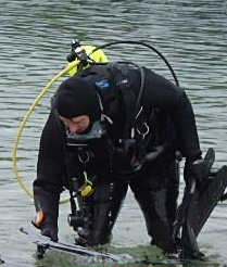 Kurt looking for lost gear