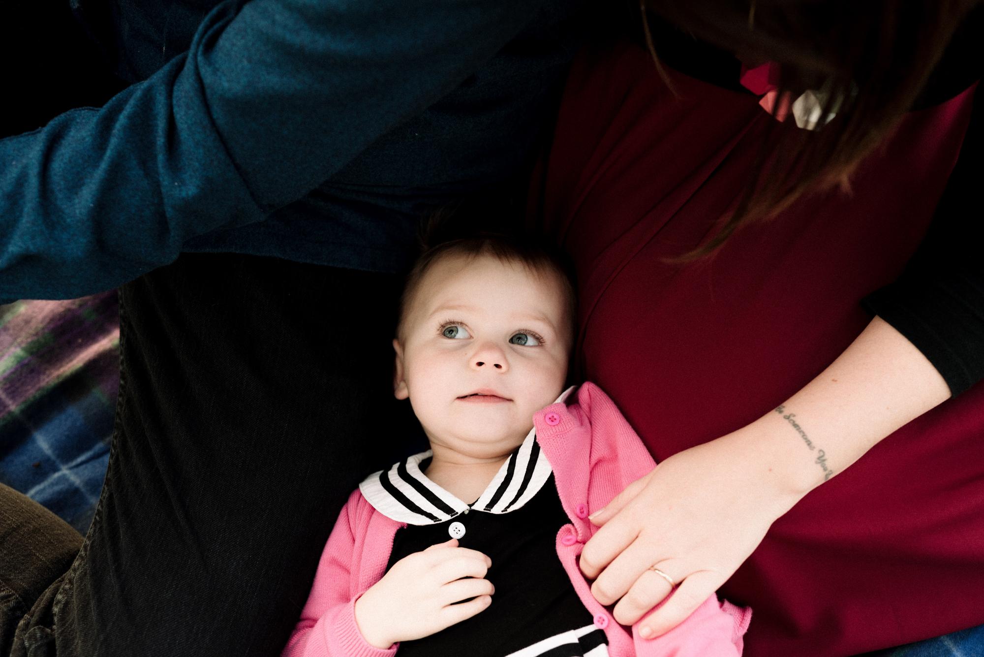 Cuddle time - family portrait session in Lafayette, CA
