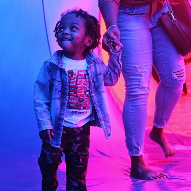 We spent Saturday at the Luminarium and this was DJs face the majority of the time. Im definitely looking forward to the warmer weather so me and my guy can be outchea. Happy Monday 💙