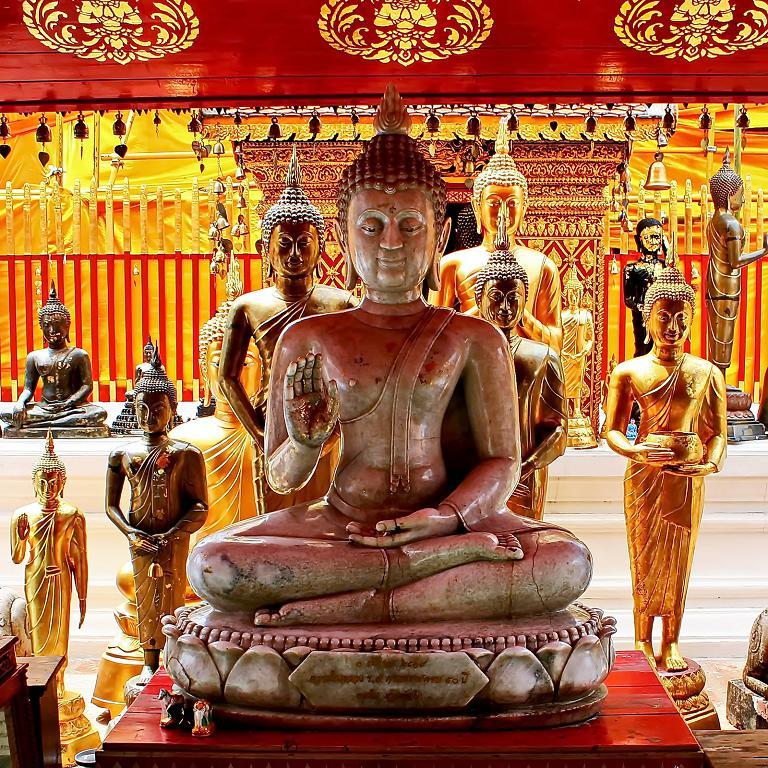 Thai Buddha - Calm And Quiet
