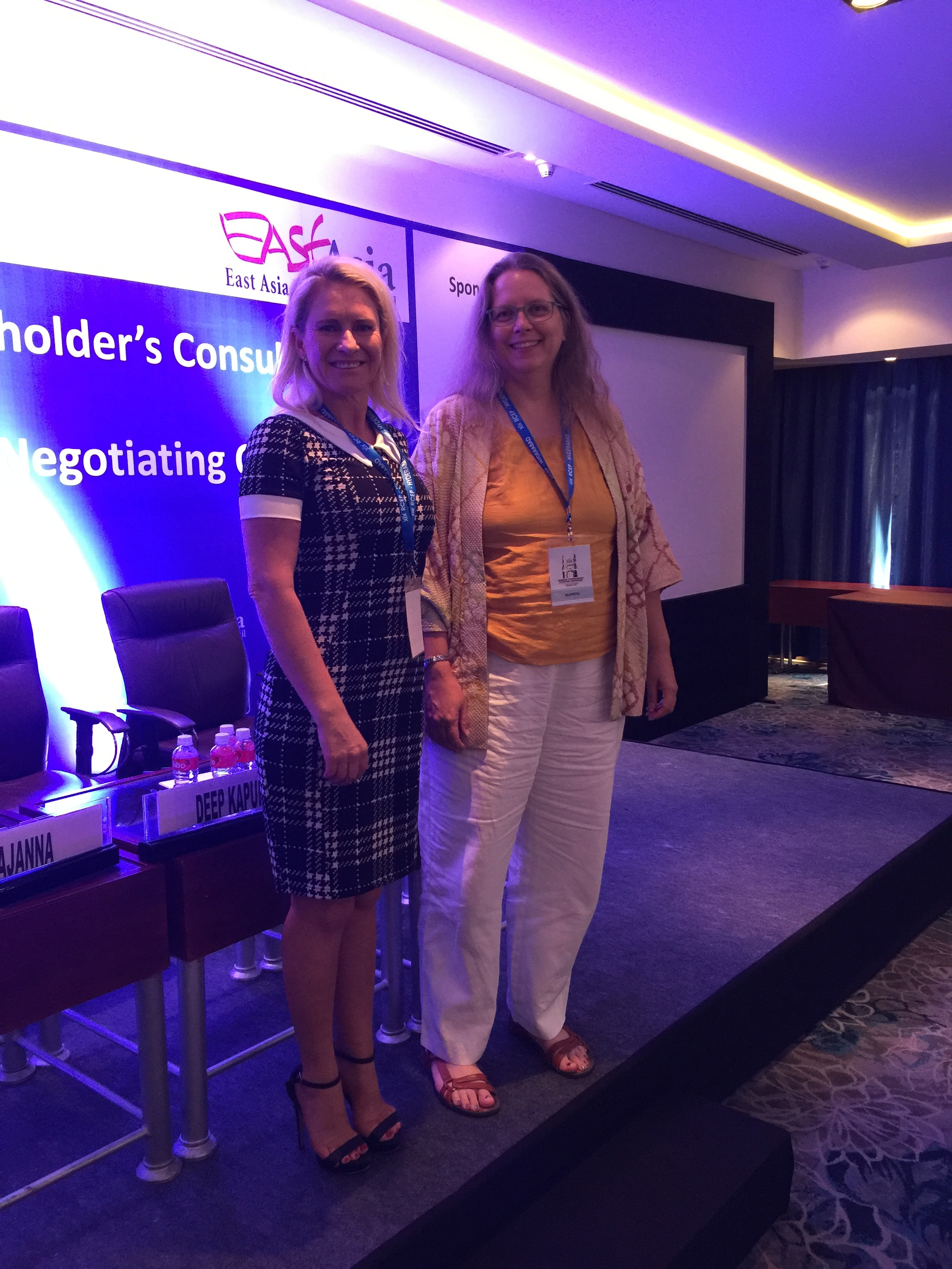 Director of the Asian Trade Centre Foundation, Dr Deborah Elms, with Jane-Melville Allen, CEO of Demand Generator Group from New Zealand at RCEP 19th Round India