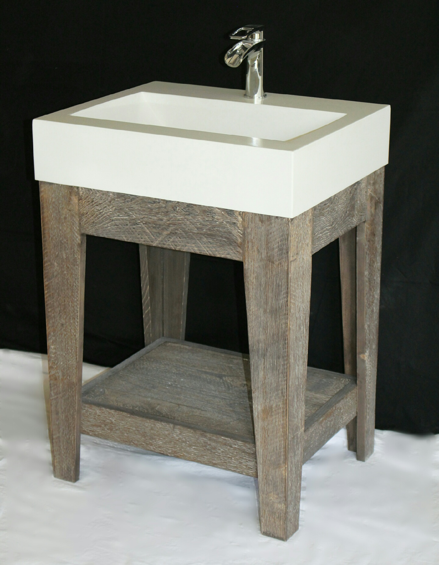pedestal-sink-open.jpg