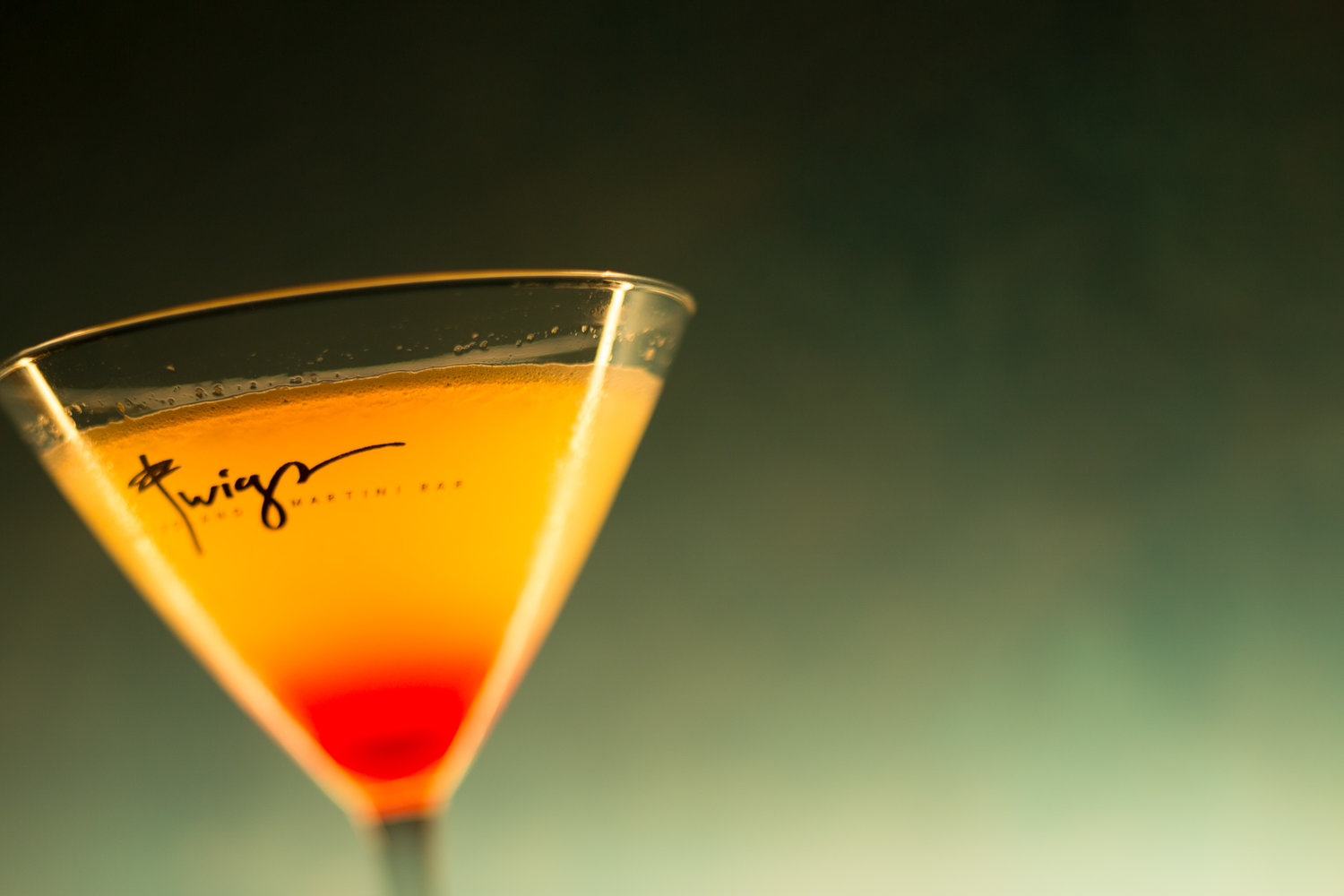 restaurants-near-Kennewick-WA-Martini.jpg