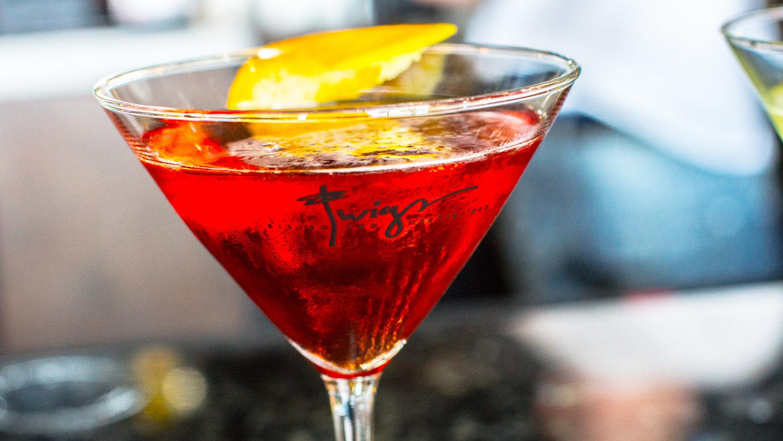 restaurants-nearby-my-location-Salt-Lake-City-UT-Martini.jpg