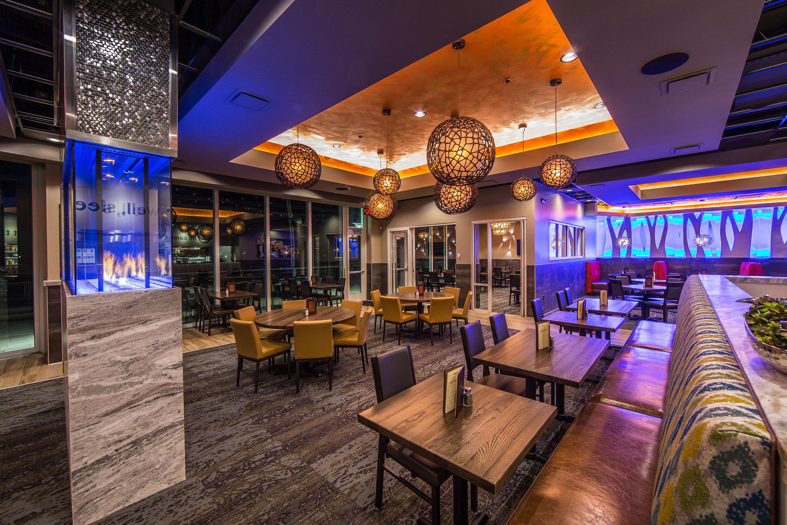 Vancouver Twigs Bistro And Martini Bar Restaurant Bar