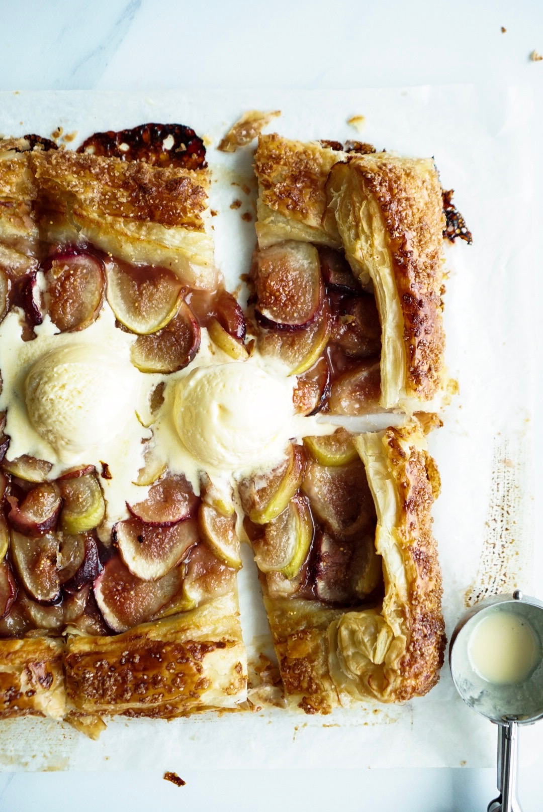 FIG HONEY EARL GREY GALETTE