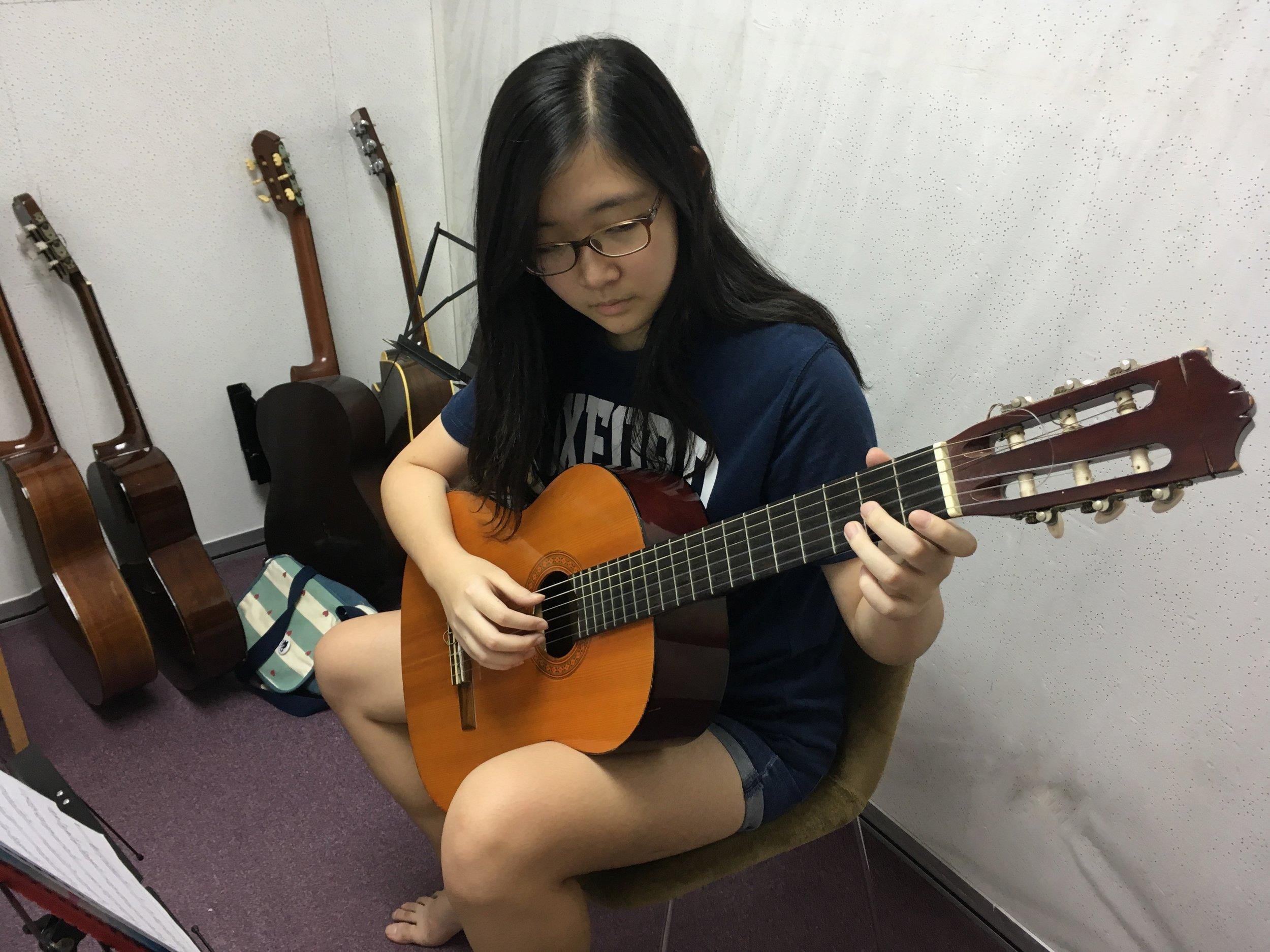 Guitar 1.jpg