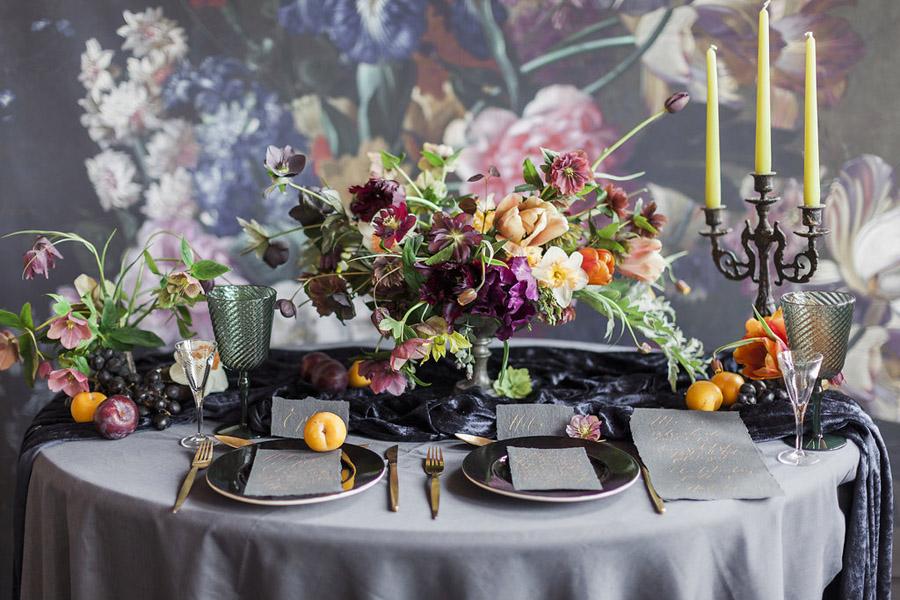 Dark-floral-wedding-inspo-Jo-Bradbury-Photography-IMG_1008.jpg