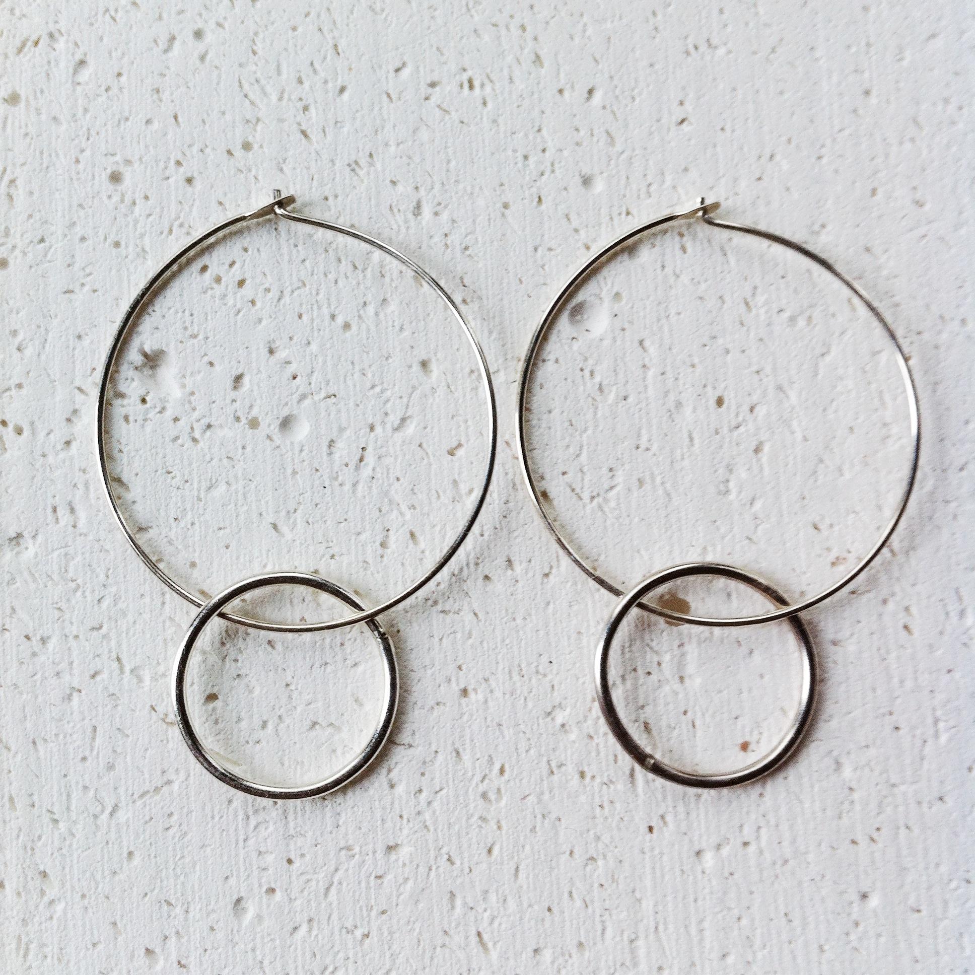 double hoop earrings2.JPG