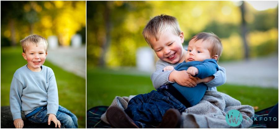 fotograf-barn-s%C3%B8sken-storebror-lillebror.jpg
