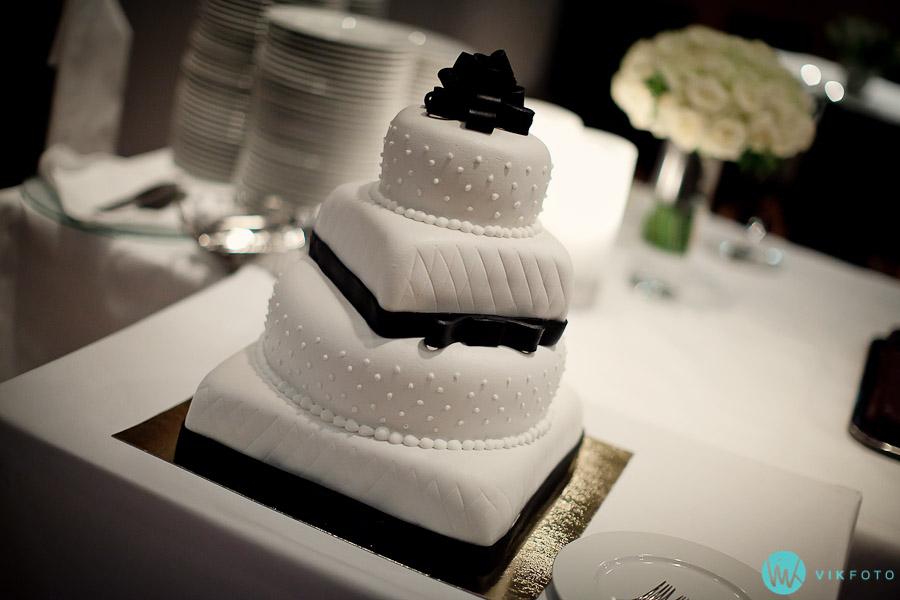 bryllupskake-design-bryllupsfotograf-oslo-kakebord.jpg
