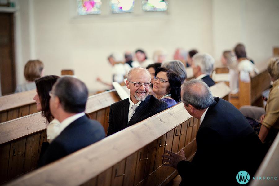 10-bryllup-frogner-kirke-gjester.jpg